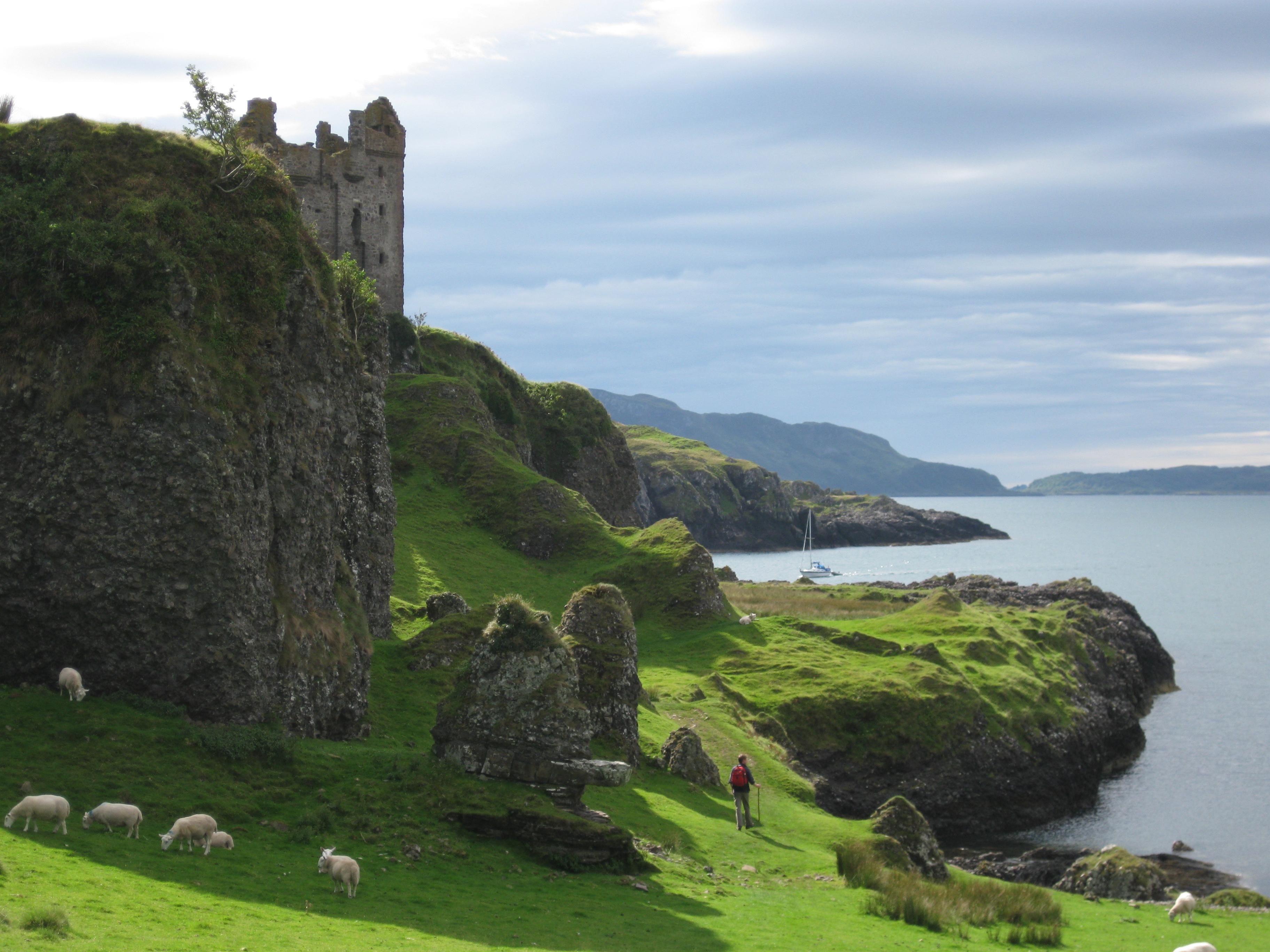 gylen castle is located - photo #8