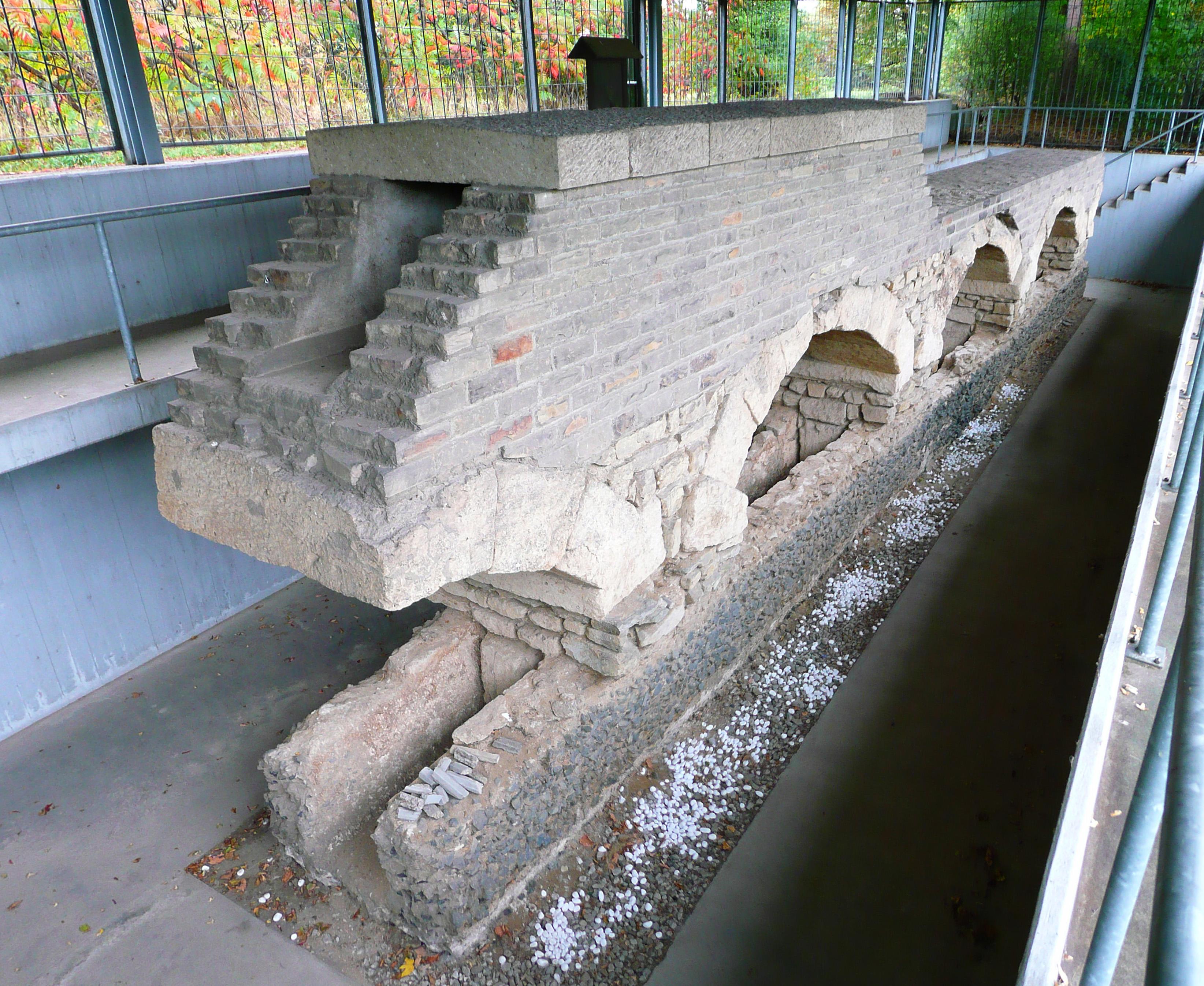file hürth hermülheim roman eifel aqueduct pic 01 jpg