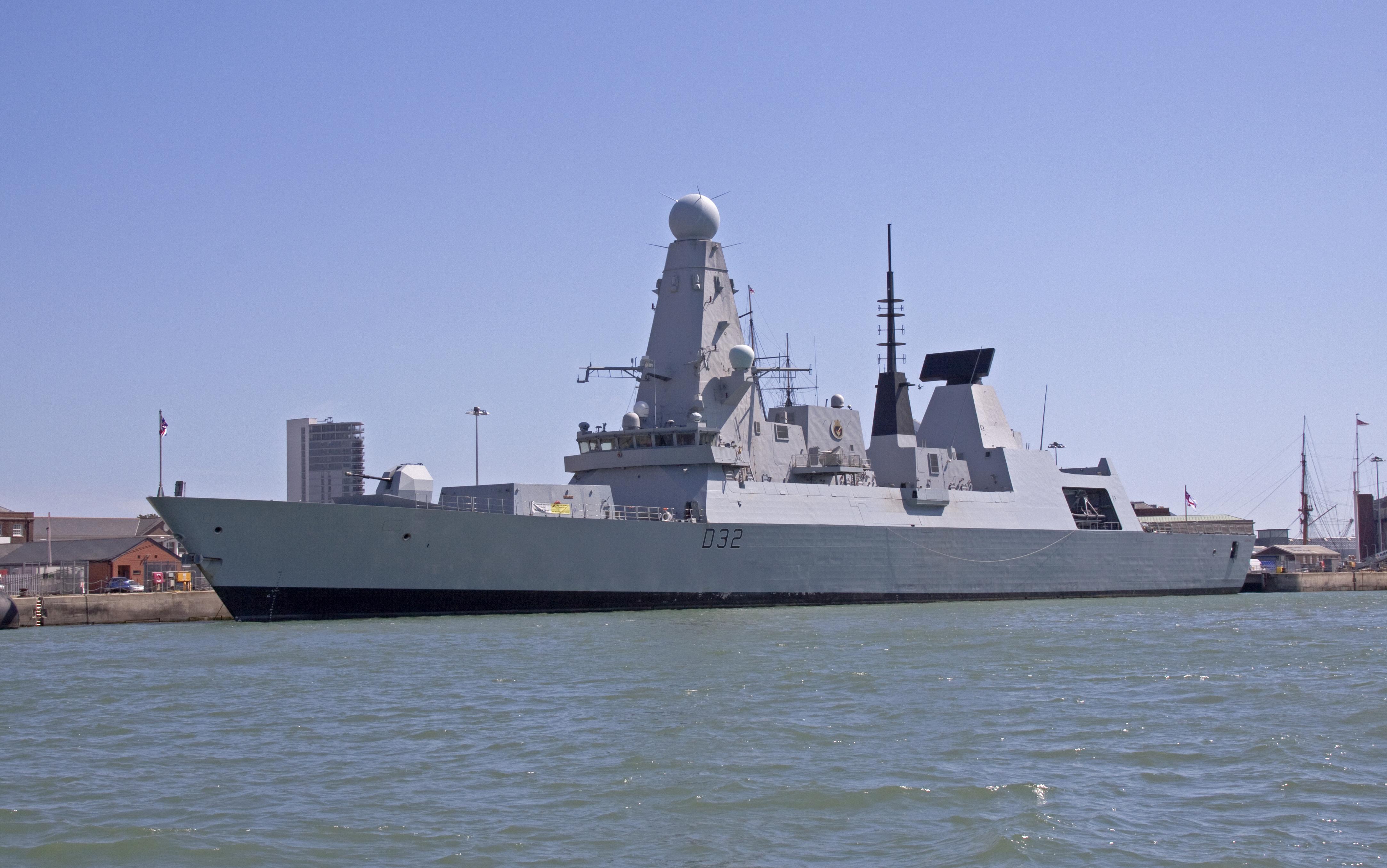File:HMS Daring D32 (3).jpg - Wikimedia Commons