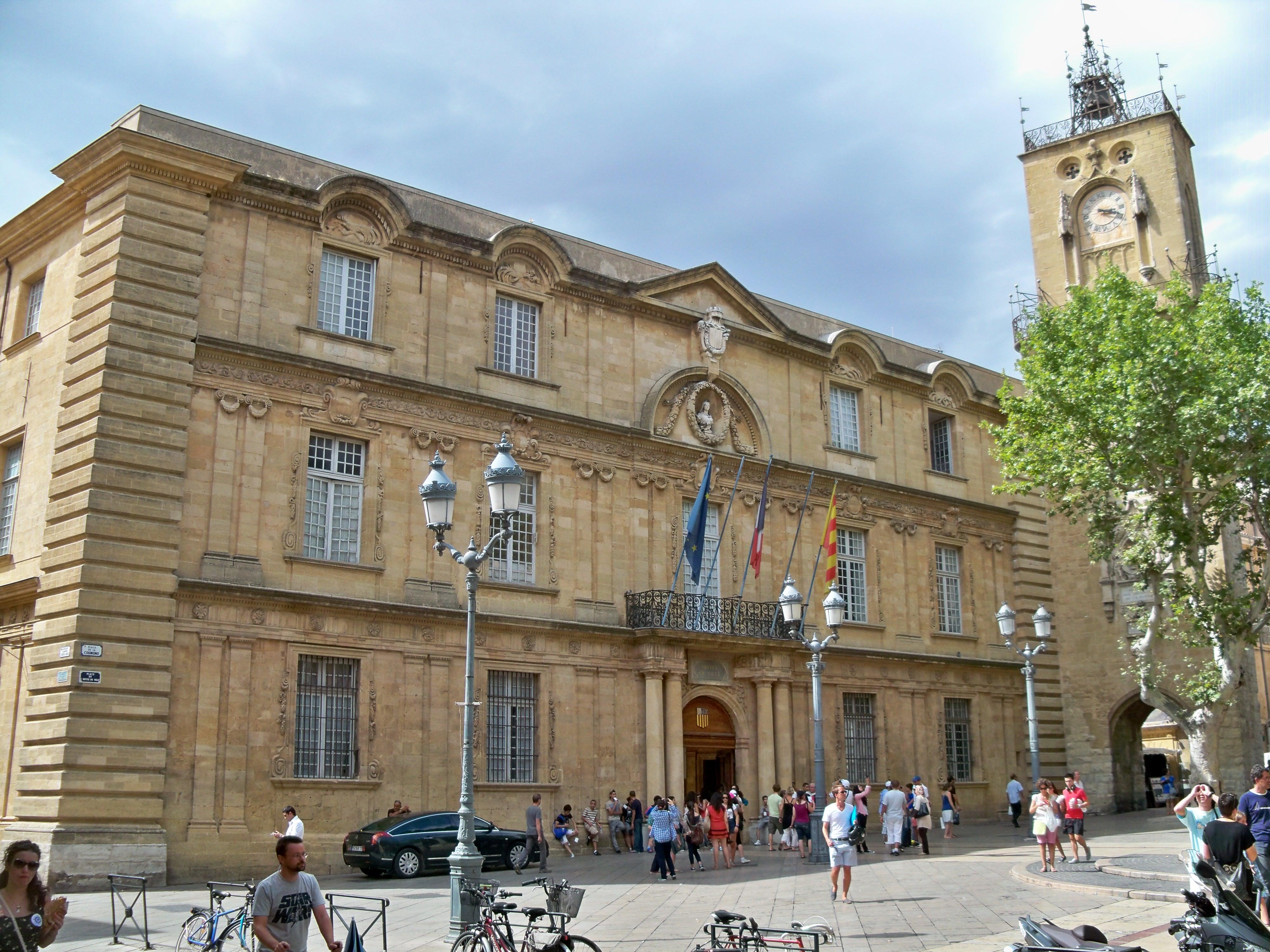 File hotel de ville d 39 aix en wikimedia commons - Piscine d aix en provence ...