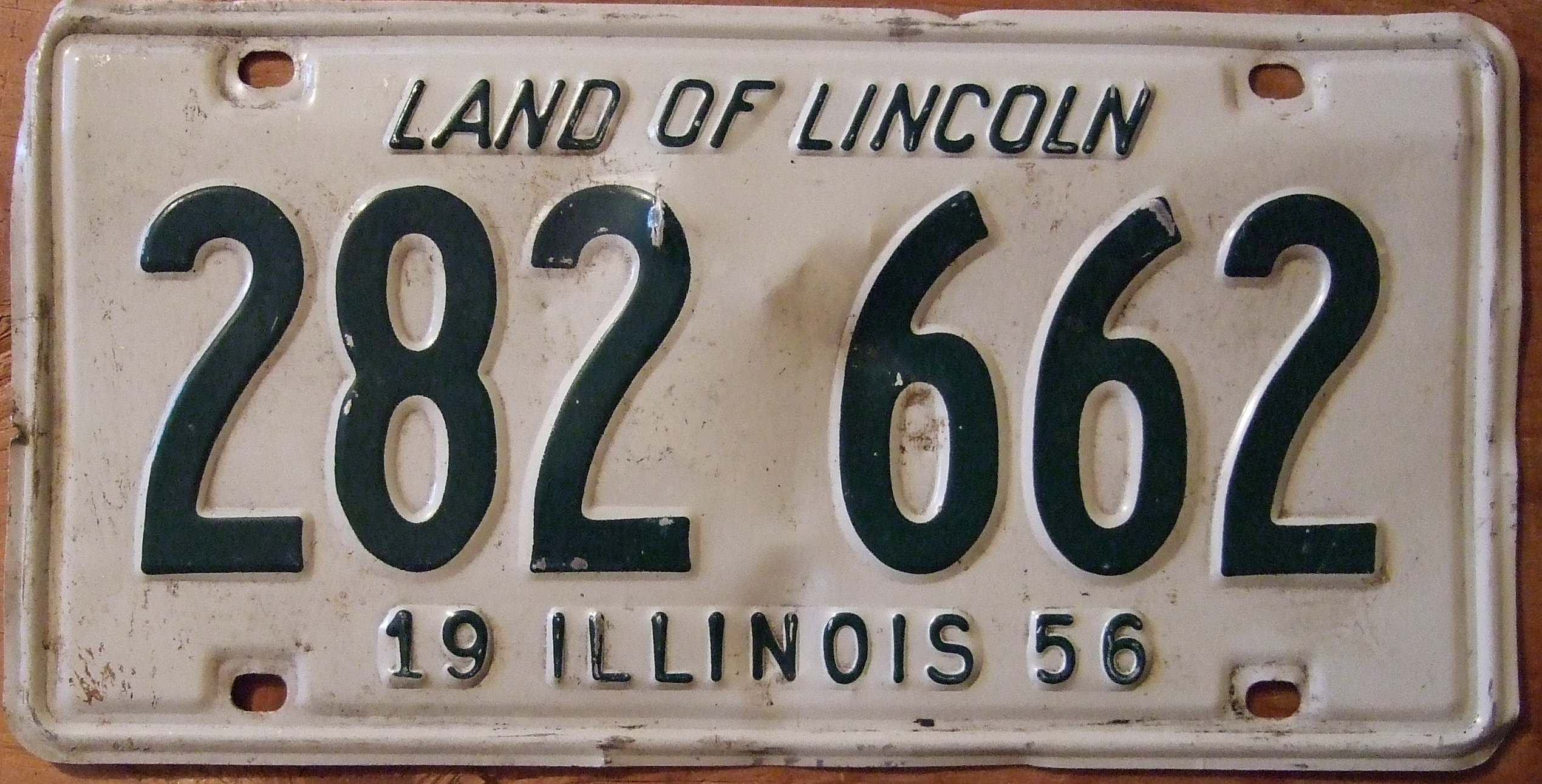 File:ILLINOIS 1956 LICENSE PLATE 282-662 - Flickr - woody1778a.jpg