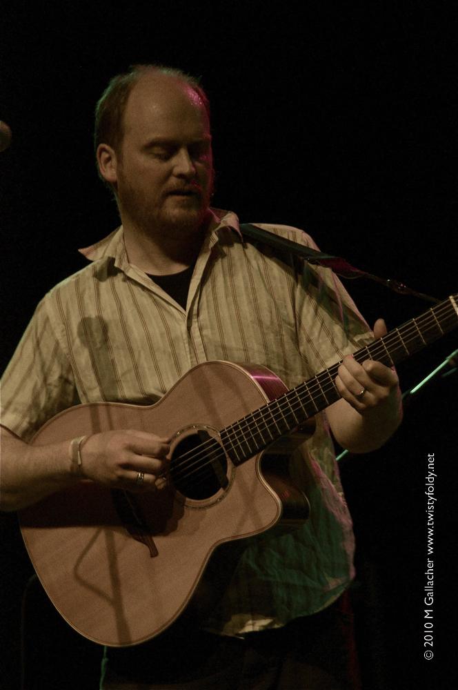 James Yorkston Guitar Chords, Guitar Tabs and Lyrics album from Chordie