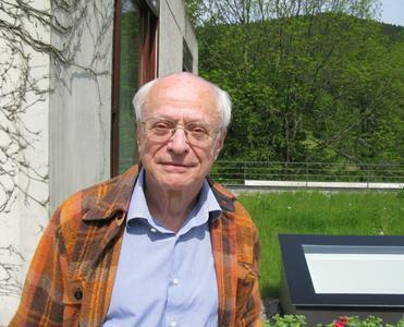 Jean-Pierre Serre at [[Mathematical Research Institute of Oberwolfach|Oberwolfach]] in 2009