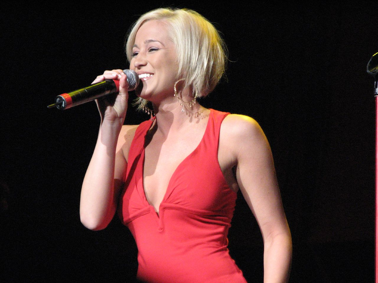File:KELLIE PICKLER 01.jpg - Wikimedia Commons
