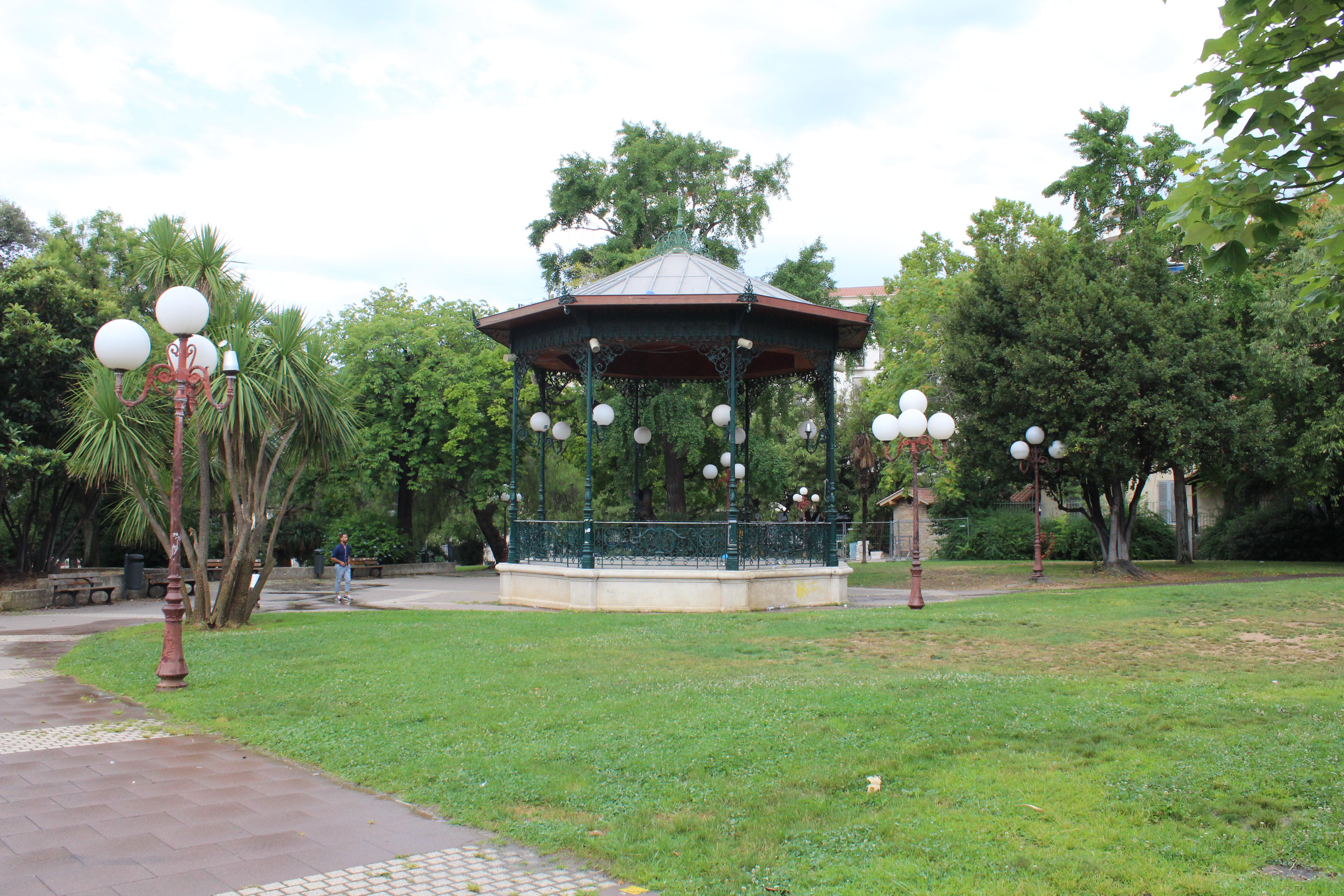 File Kiosque Jardin Alexandre Ier Toulon 3 Jpg Wikimedia Commons