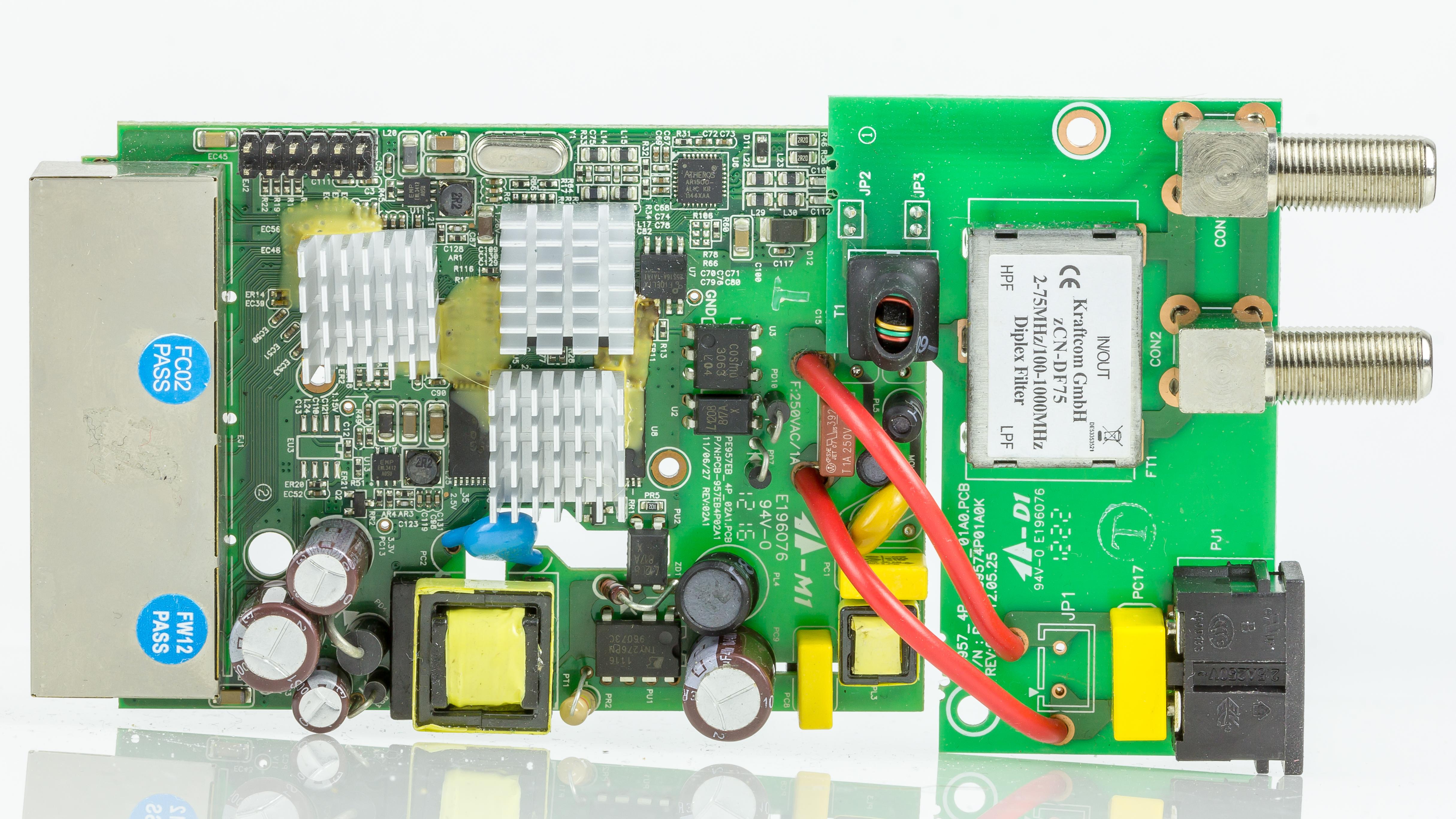 File:KraftCom CoaxLine Adapter CN-KE502M - printed circuit