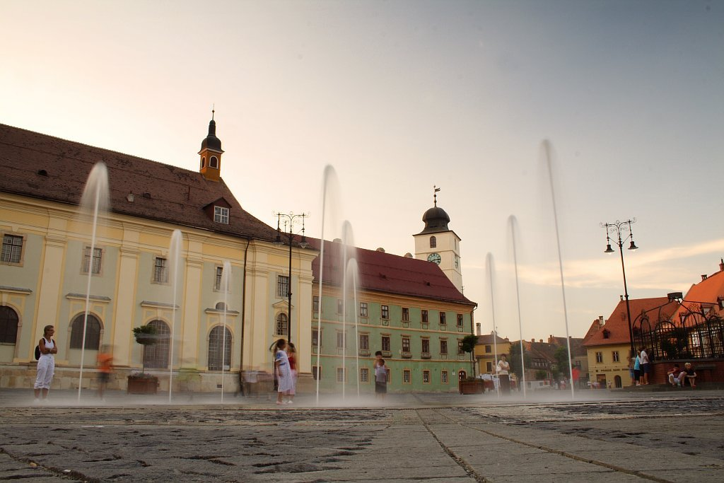 Sibiu Romania  city photo : Large Square Sibiu Romania Wikimedia Commons