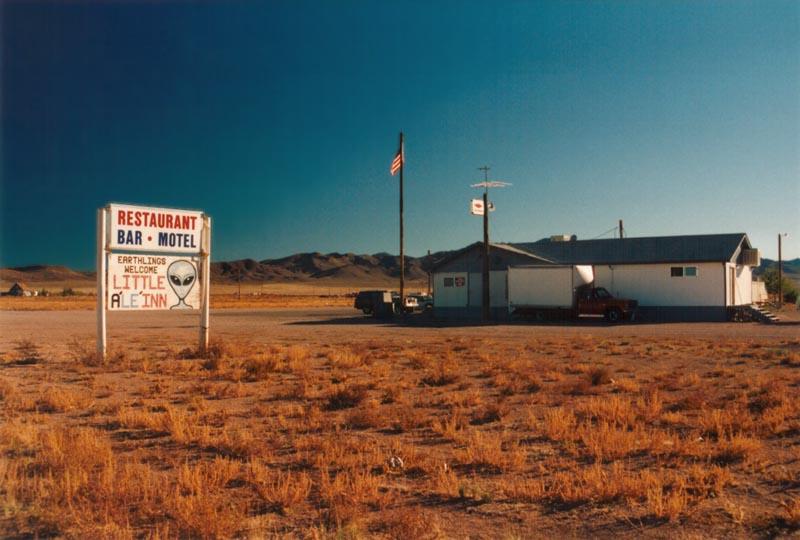 Le bar de Rachel, le plus proche de la base 51.