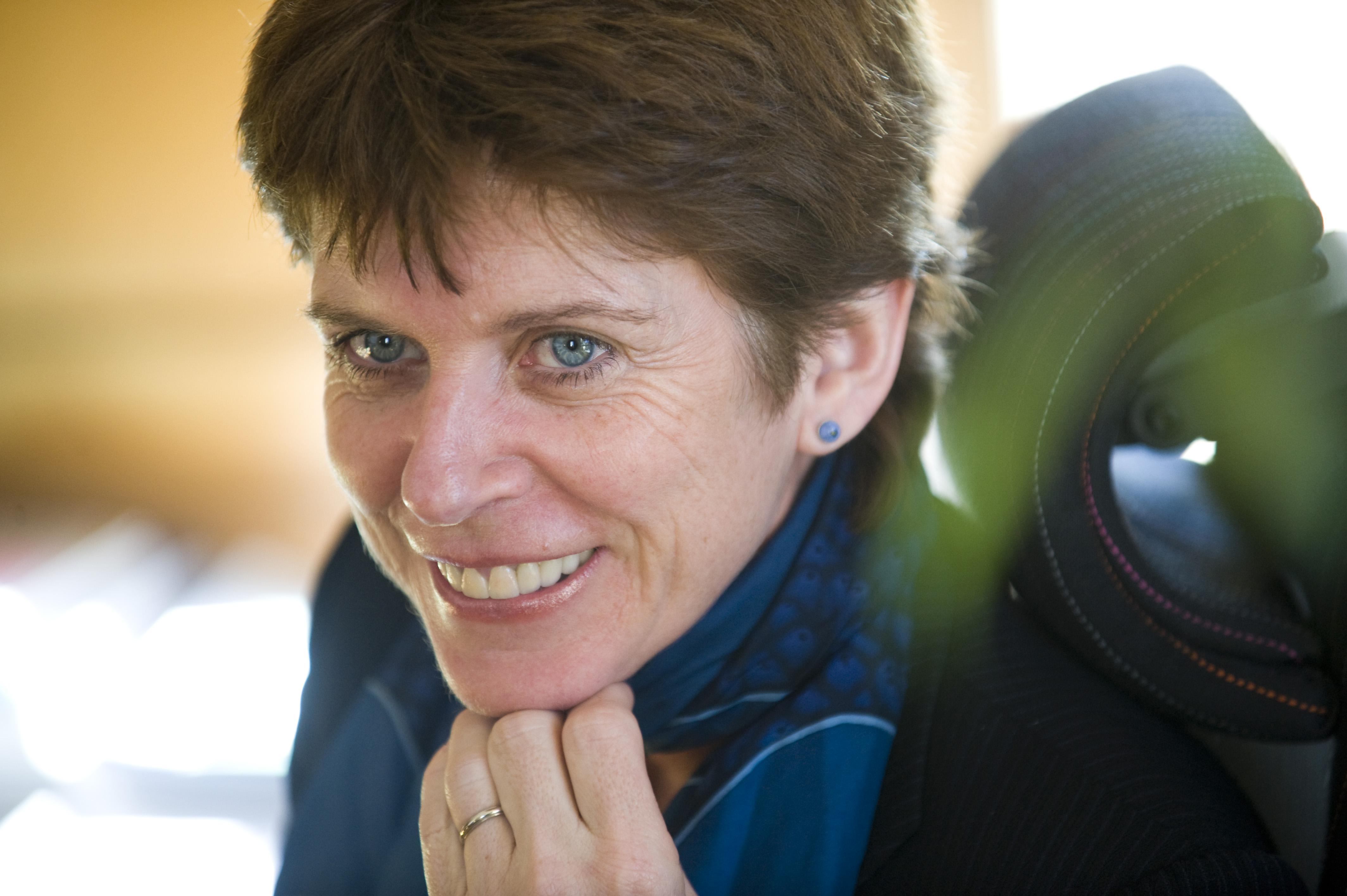 SOCIETAS [ソキエタス]オックスフォード大学史上初の女性総長が誕生コメント