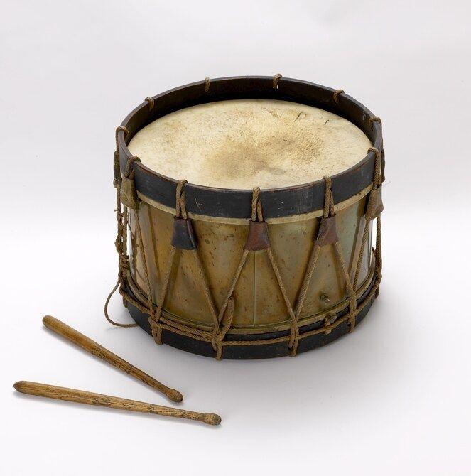 Cri de l 39 ours noir voici le cri de l 39 ours noir l 39 ours n for Instruments de musique dax