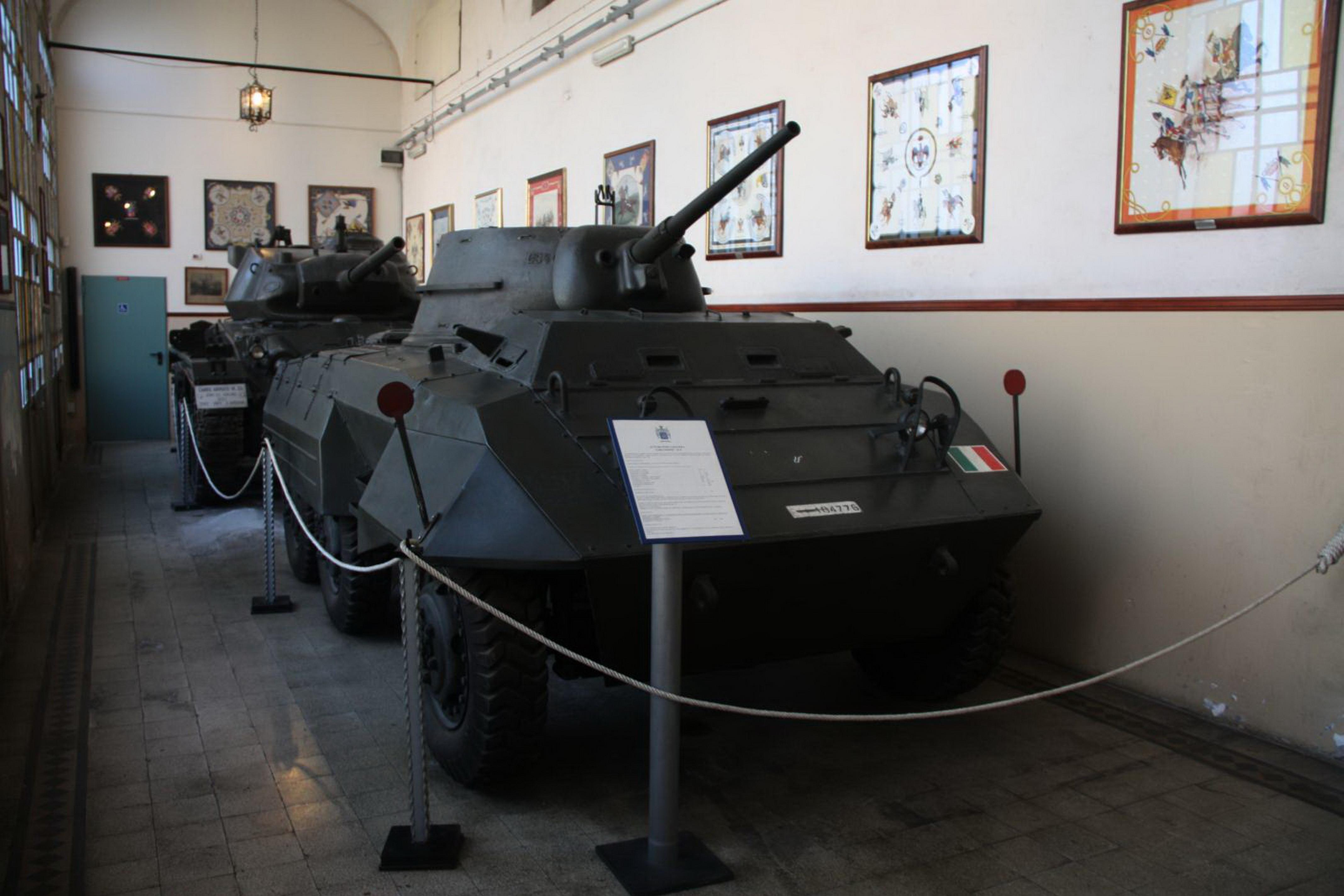 Risultati immagini per m8 greyhound esercito italiano
