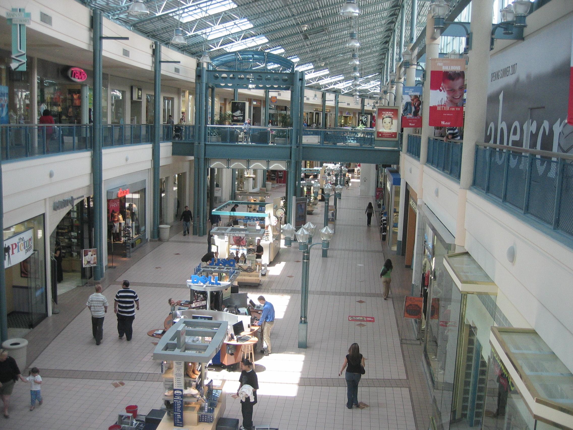 Tampa Fashion Mall Golds