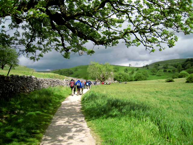 Malham, the path to Janet's Foss - geograph.org.uk - 1362993