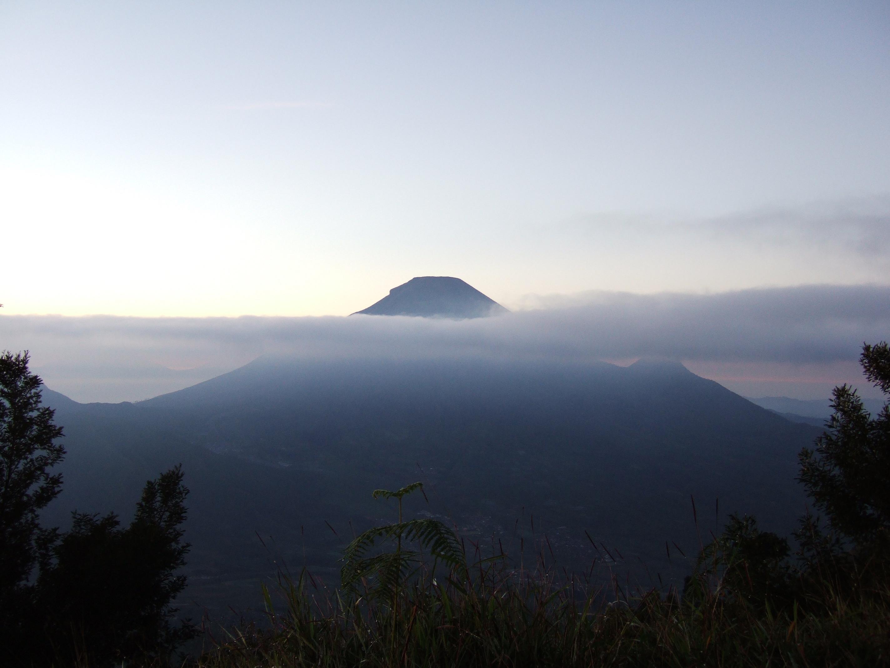 Gunung Sindara Wikipedia Bahasa Indonesia Ensiklopedia Bebas