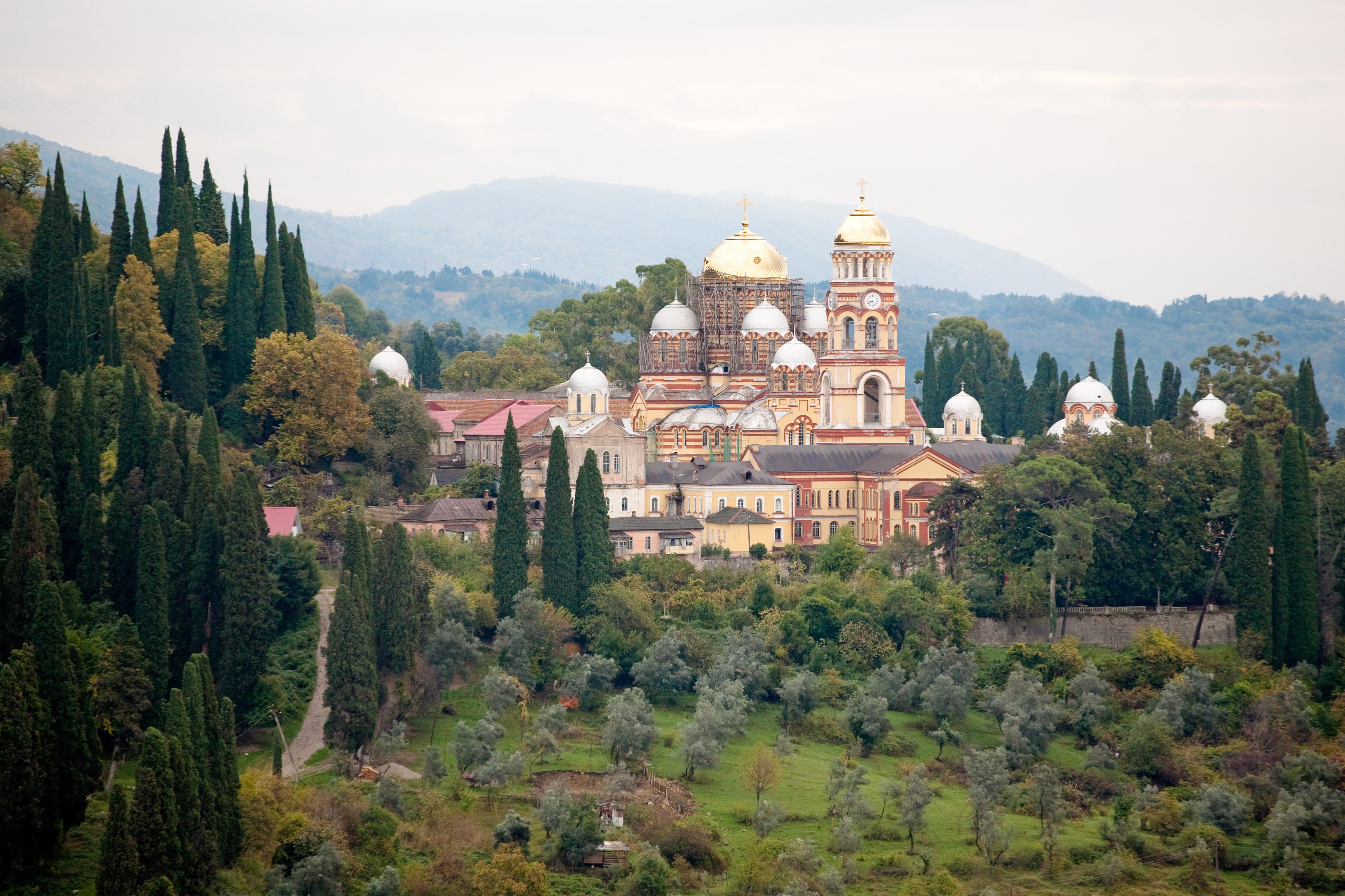 новый афон абхазия монастырь святыни фото