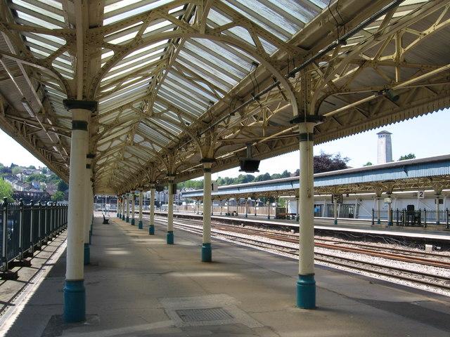 FileNewport - Station platform canopy - geograph.org.uk - 1343162. & File:Newport - Station platform canopy - geograph.org.uk - 1343162 ...