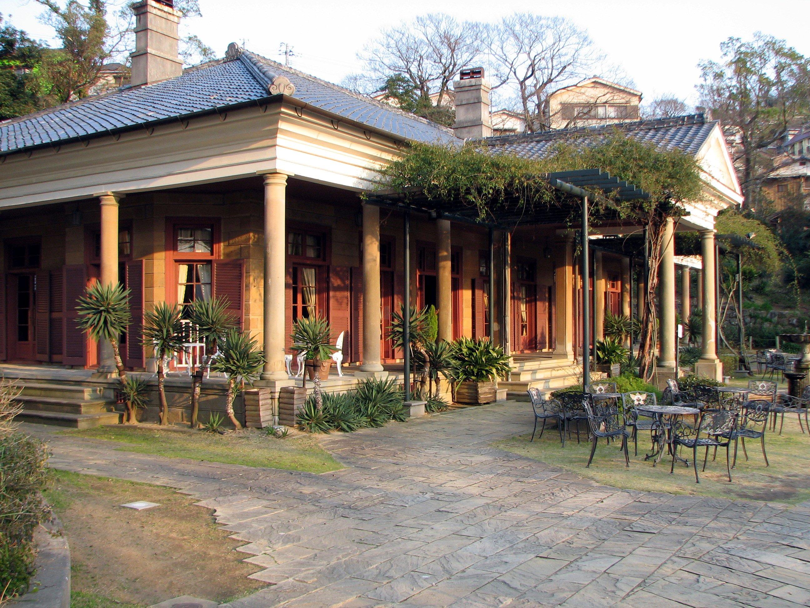 Old garden house - File Old Alt House Glover Garden Nagasaki Left Jpg