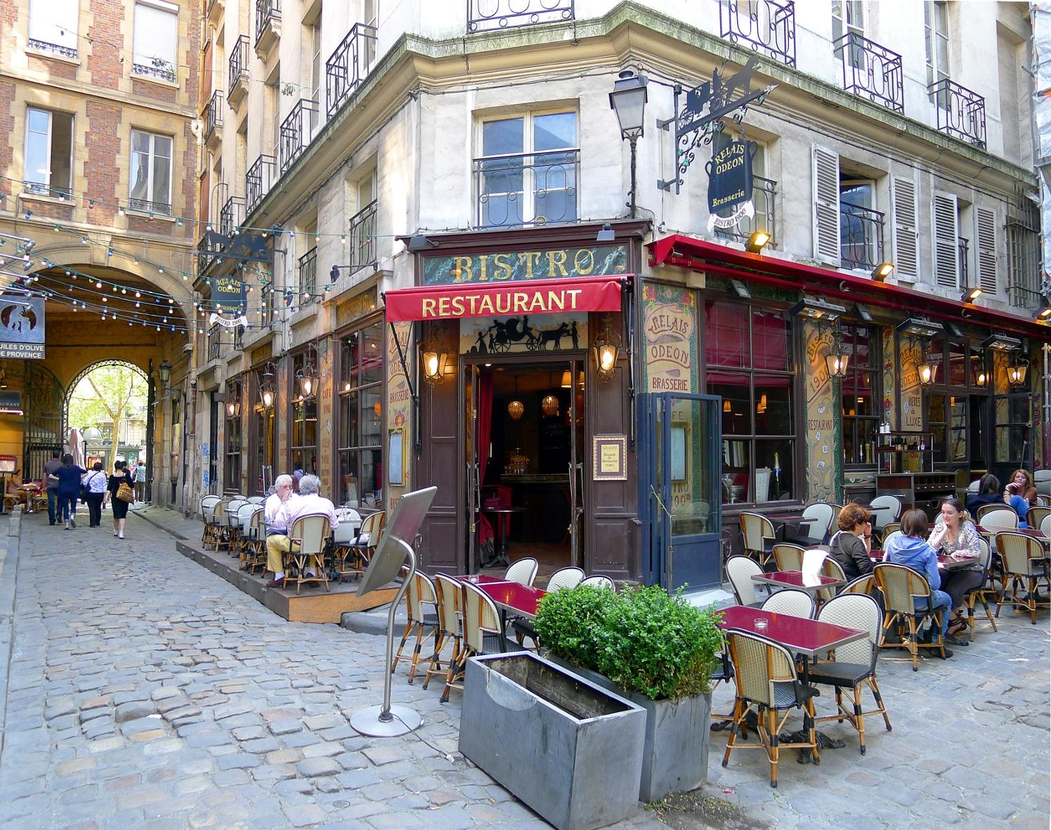 Restaurant Le Cafe Cour