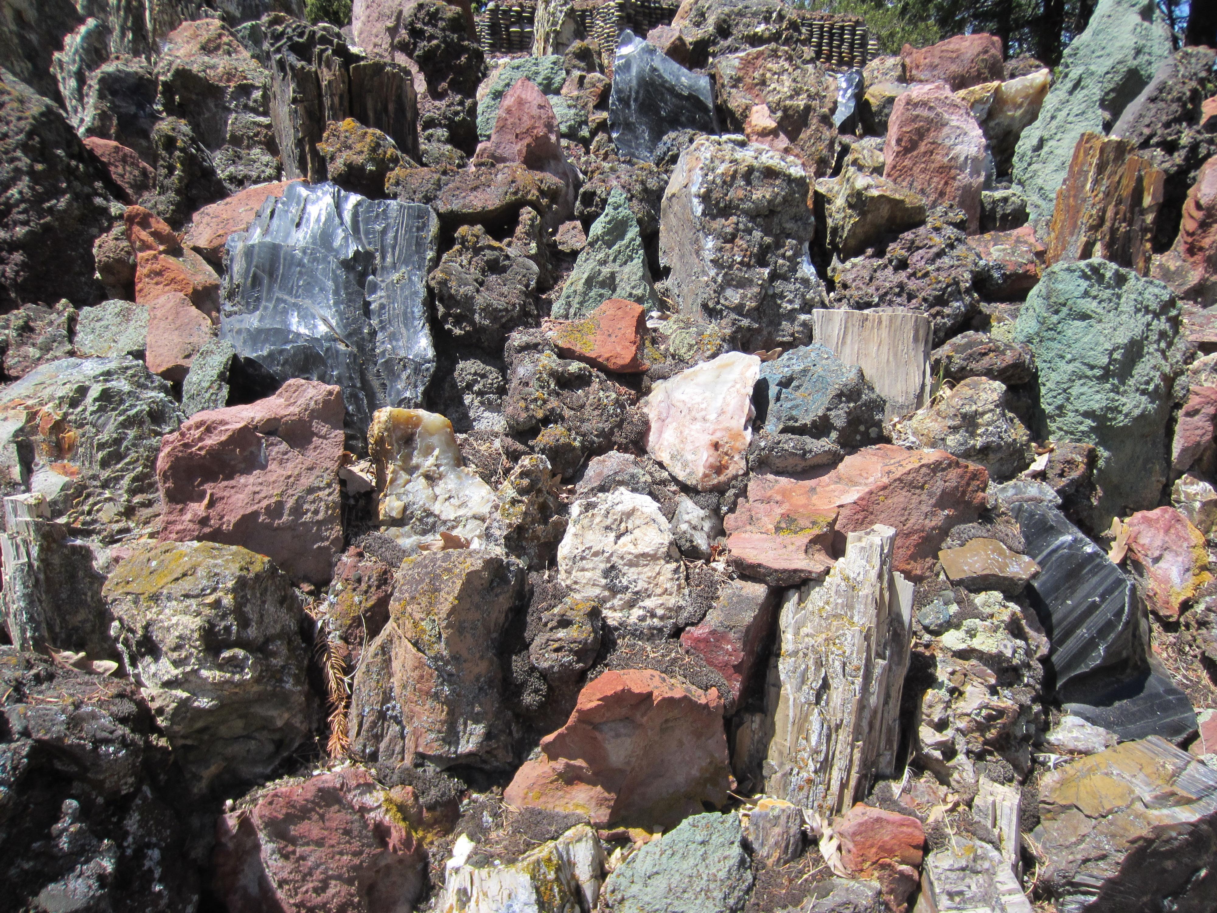 Attirant File:Petersen Rock Garden   Oregon (2013)   36.JPG