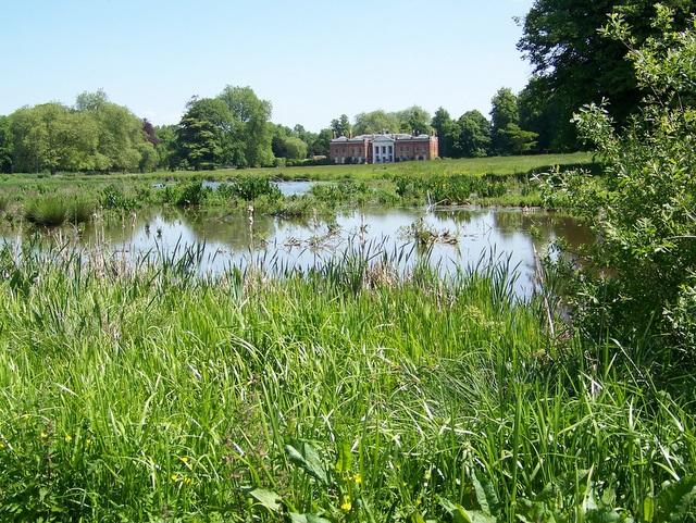 Ponds, Avington Park - geograph.org.uk - 1328292
