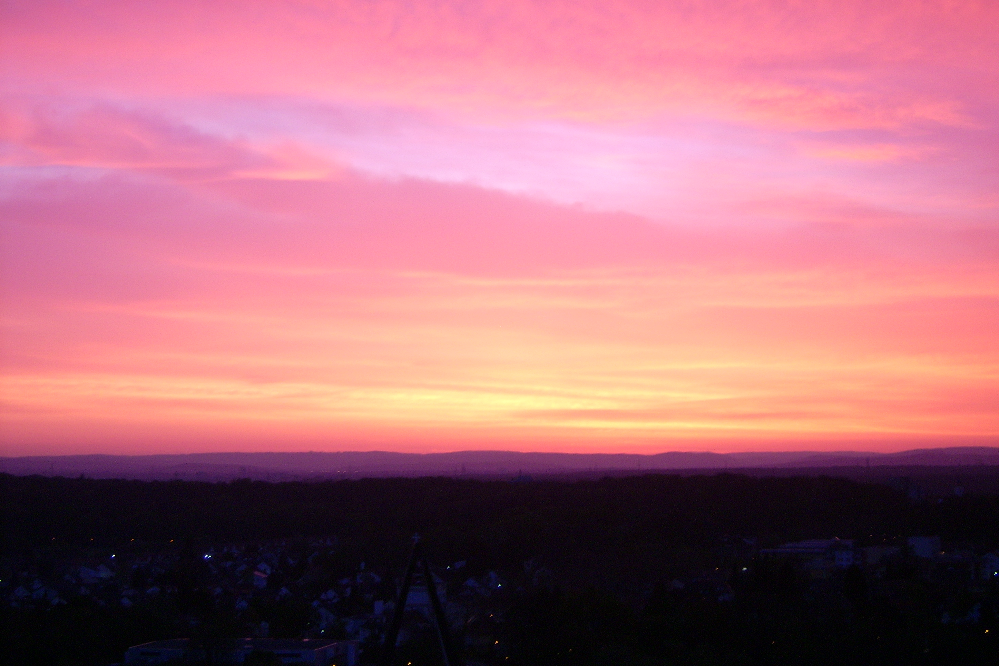 Description Red Sky - Dawn 3.JPG