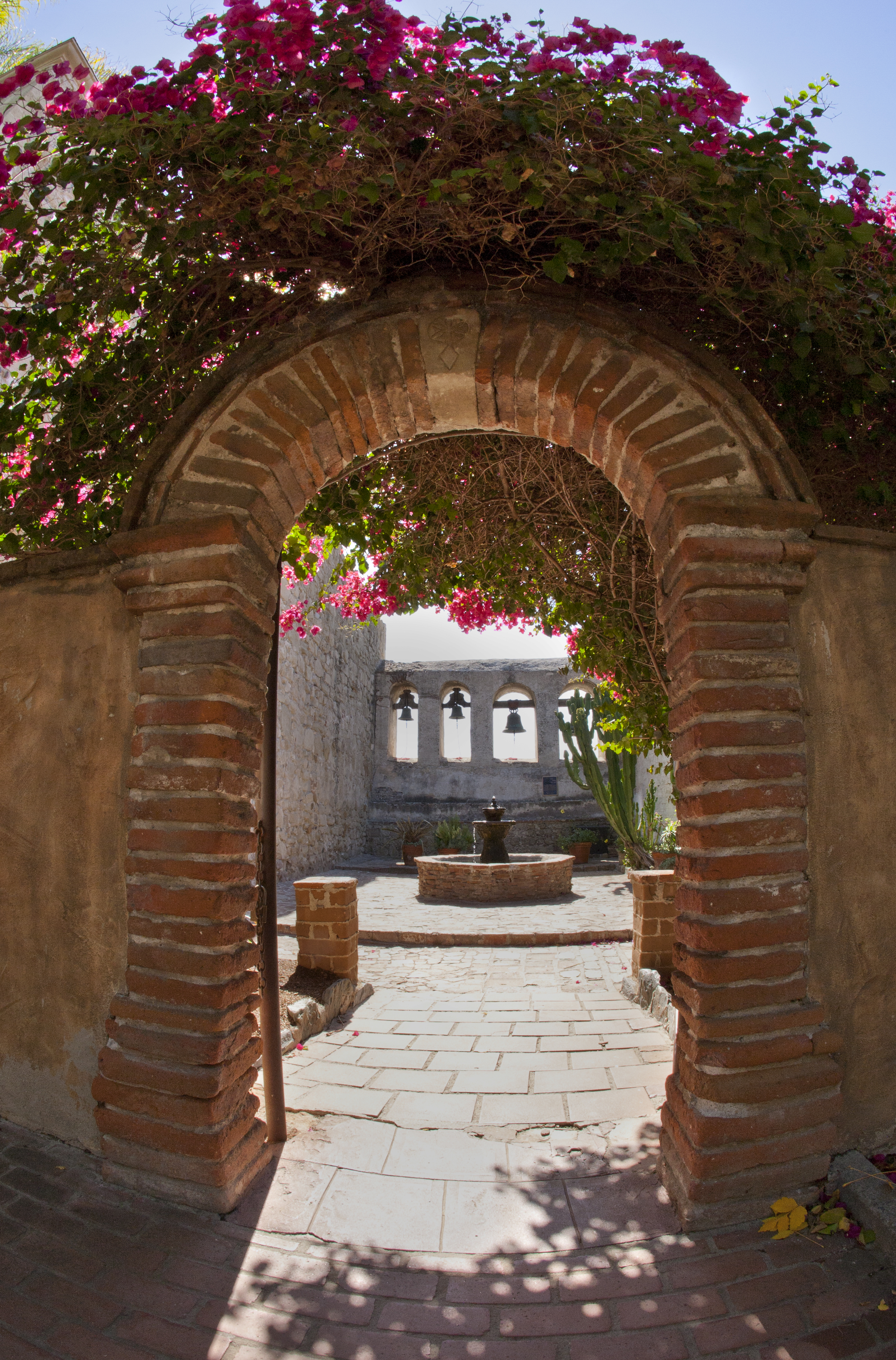 File:Sacred Garden San Juan Capistrano.jpg - Wikimedia Commons
