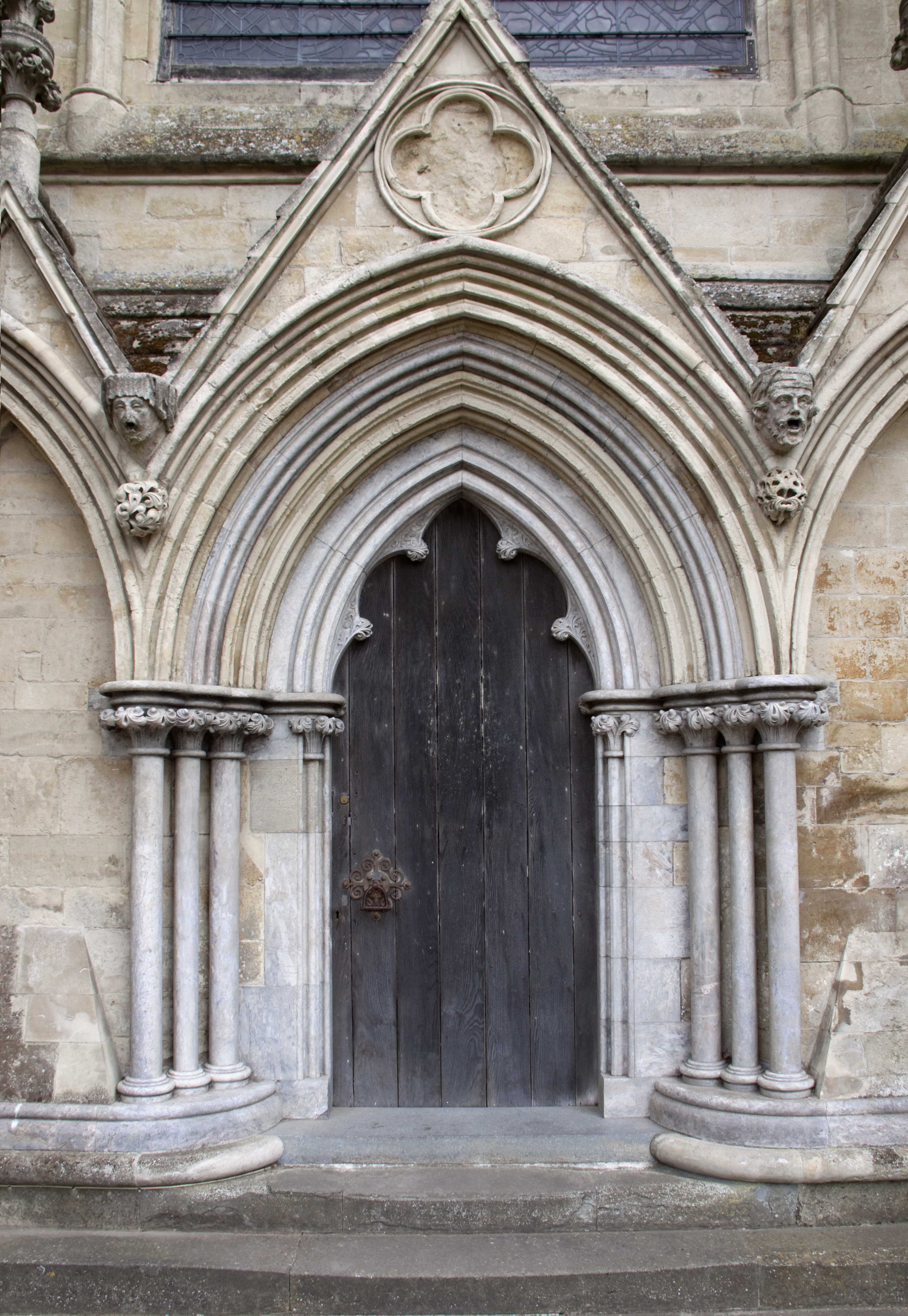 File Salisbury Cathedral Small Door 5690553047 Jpg Wikimedia