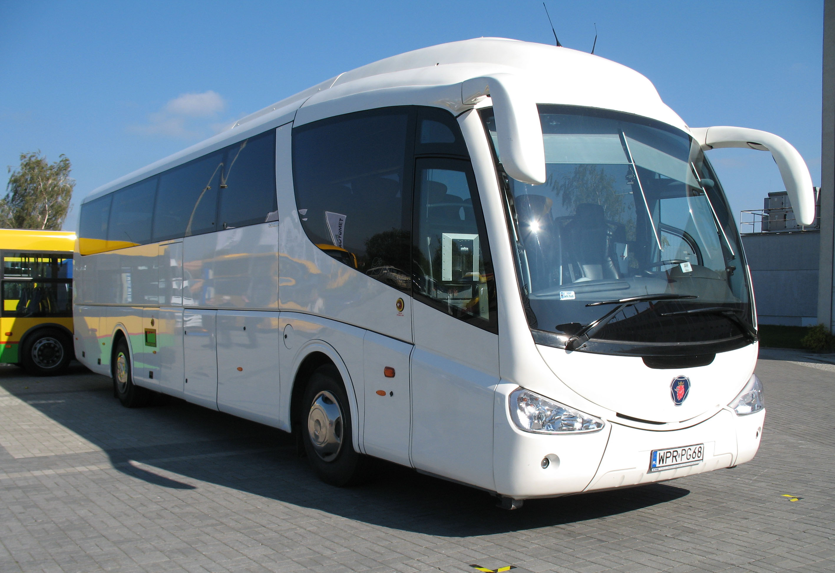File:Scania-Irizar PB in Kielce.jpg - Wikimedia Commons