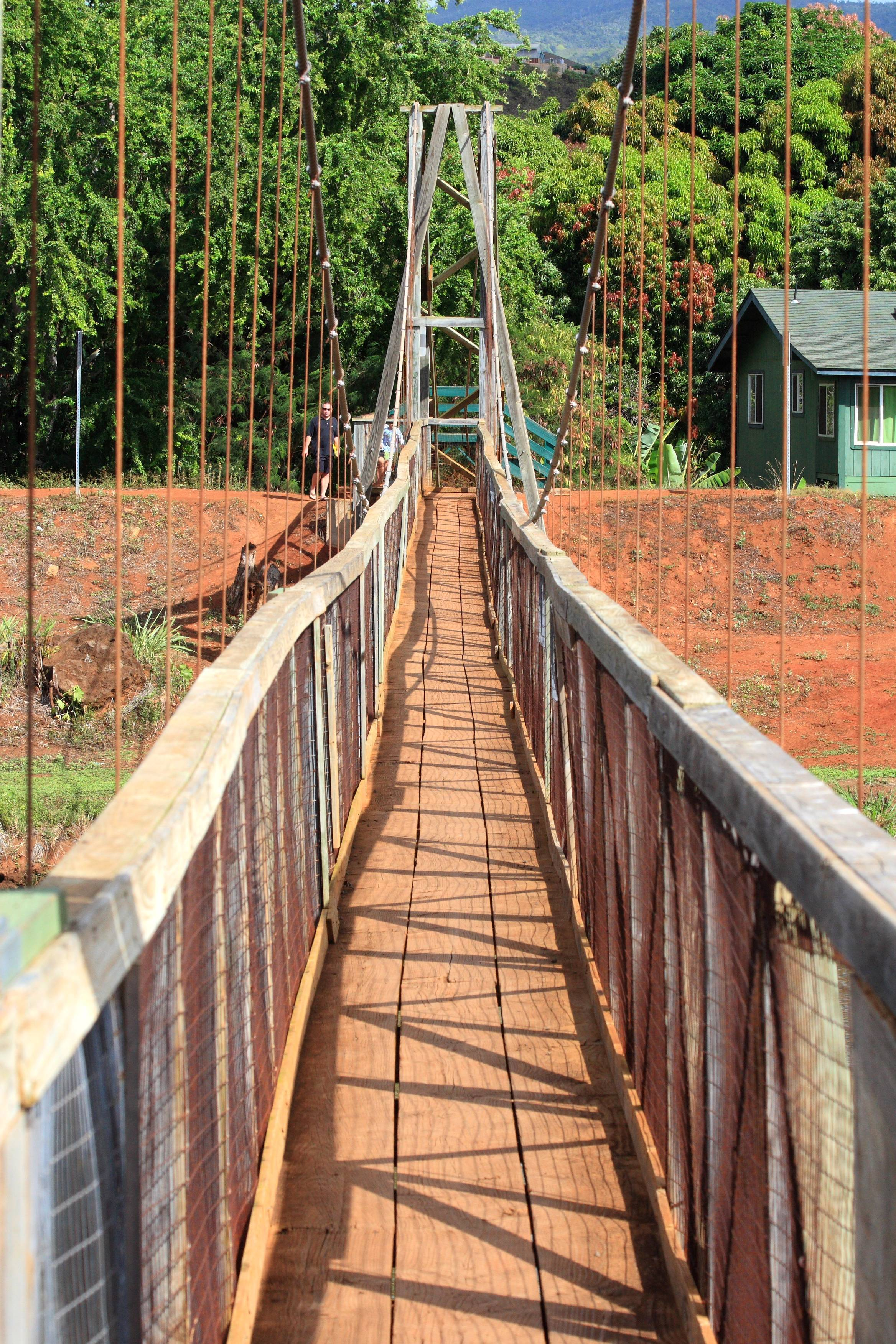 File Swinging Bridge In Hanapepe Jpg Wikimedia Commons