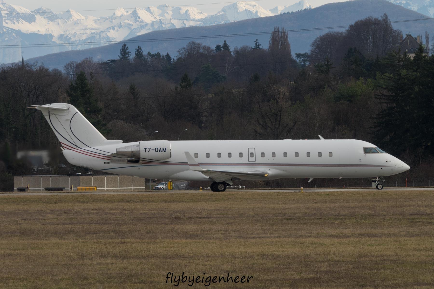 File:T7-OAM Bombardier CL-600-2B19 CRJ-200 CRJ2 -