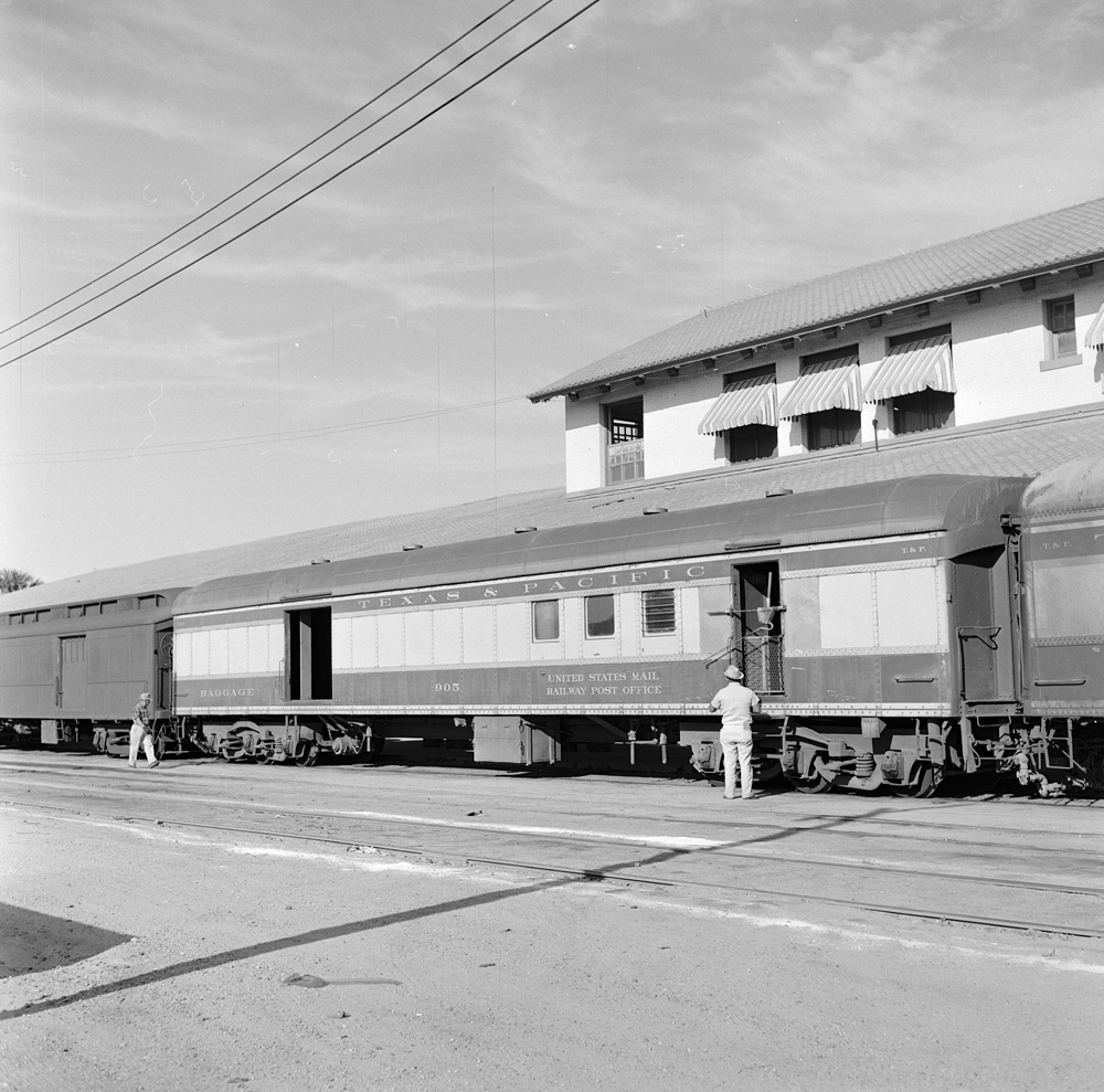 File:Texas & Pacific, Railway Post Office, Baggage And