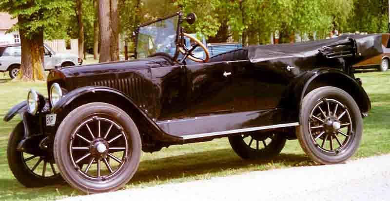 Velie_Modell_34_Touring_1920.jpg