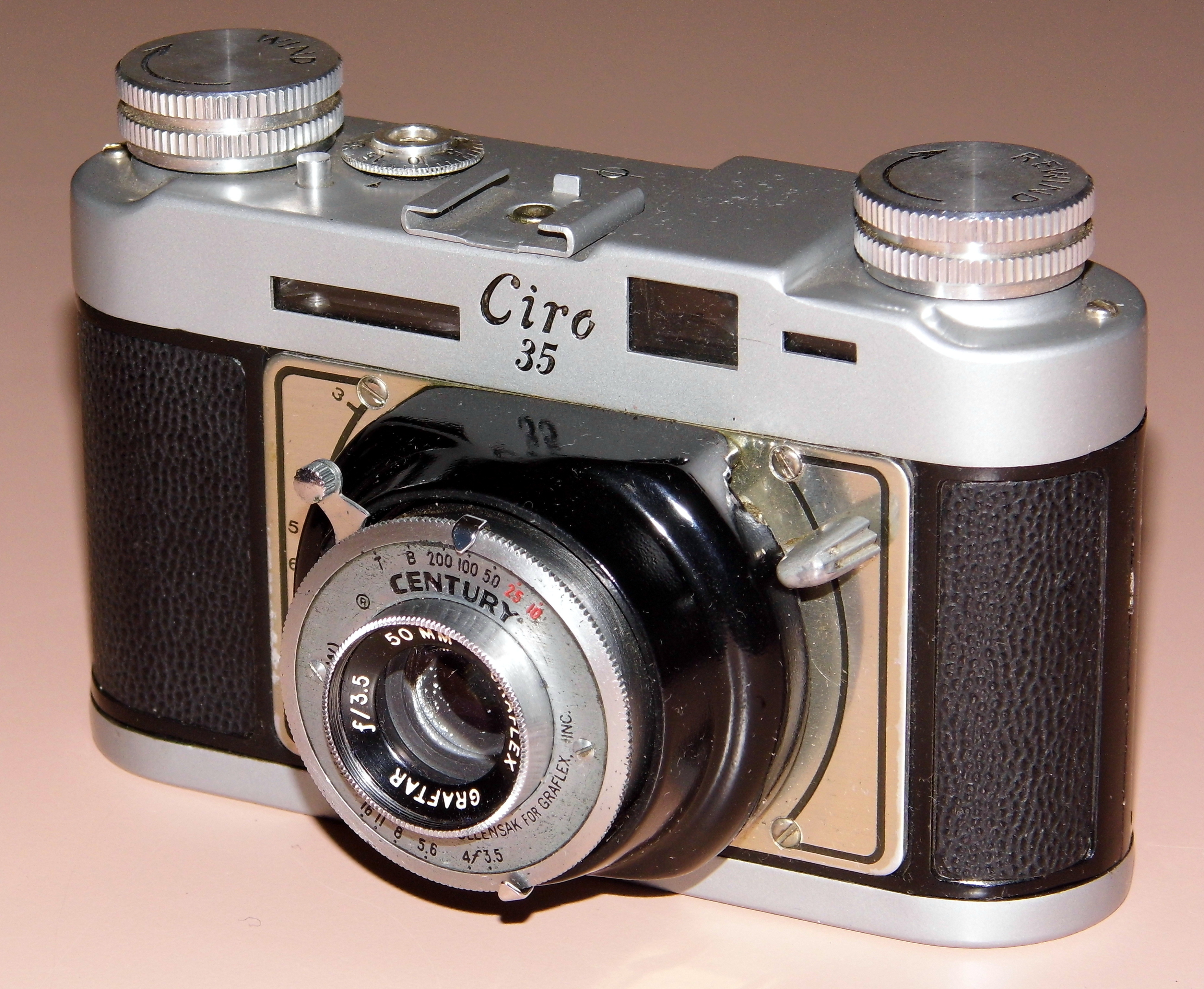 Какие преимущества пленочных фотоаппаратов также забывайте