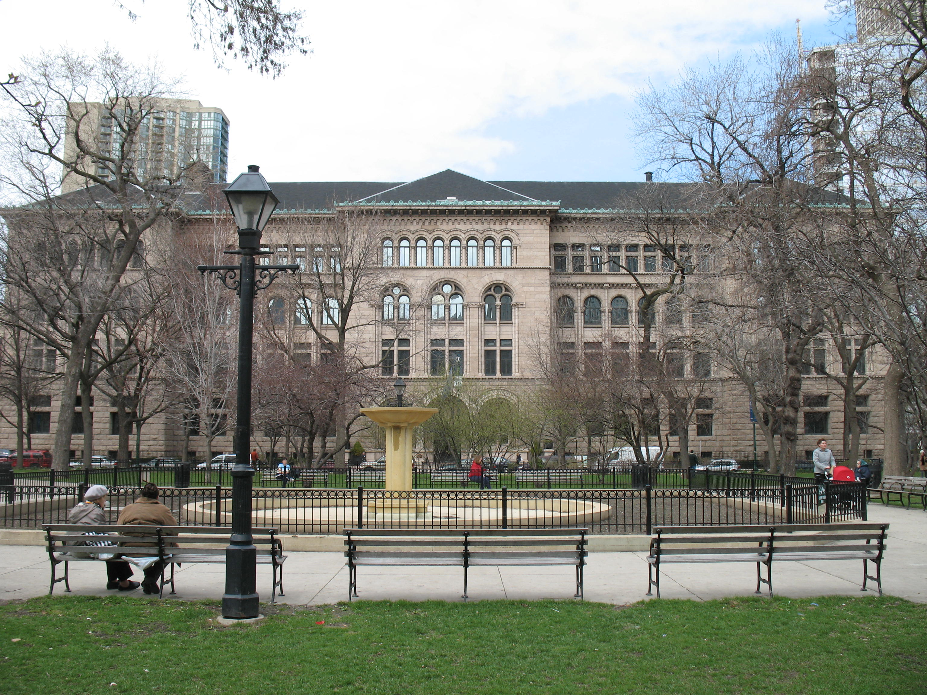 Washington Square Park and the main facade of the Newberry Library; Obtained from Wikimedia Commons under the terms of the GNU FreeDocumentation License.