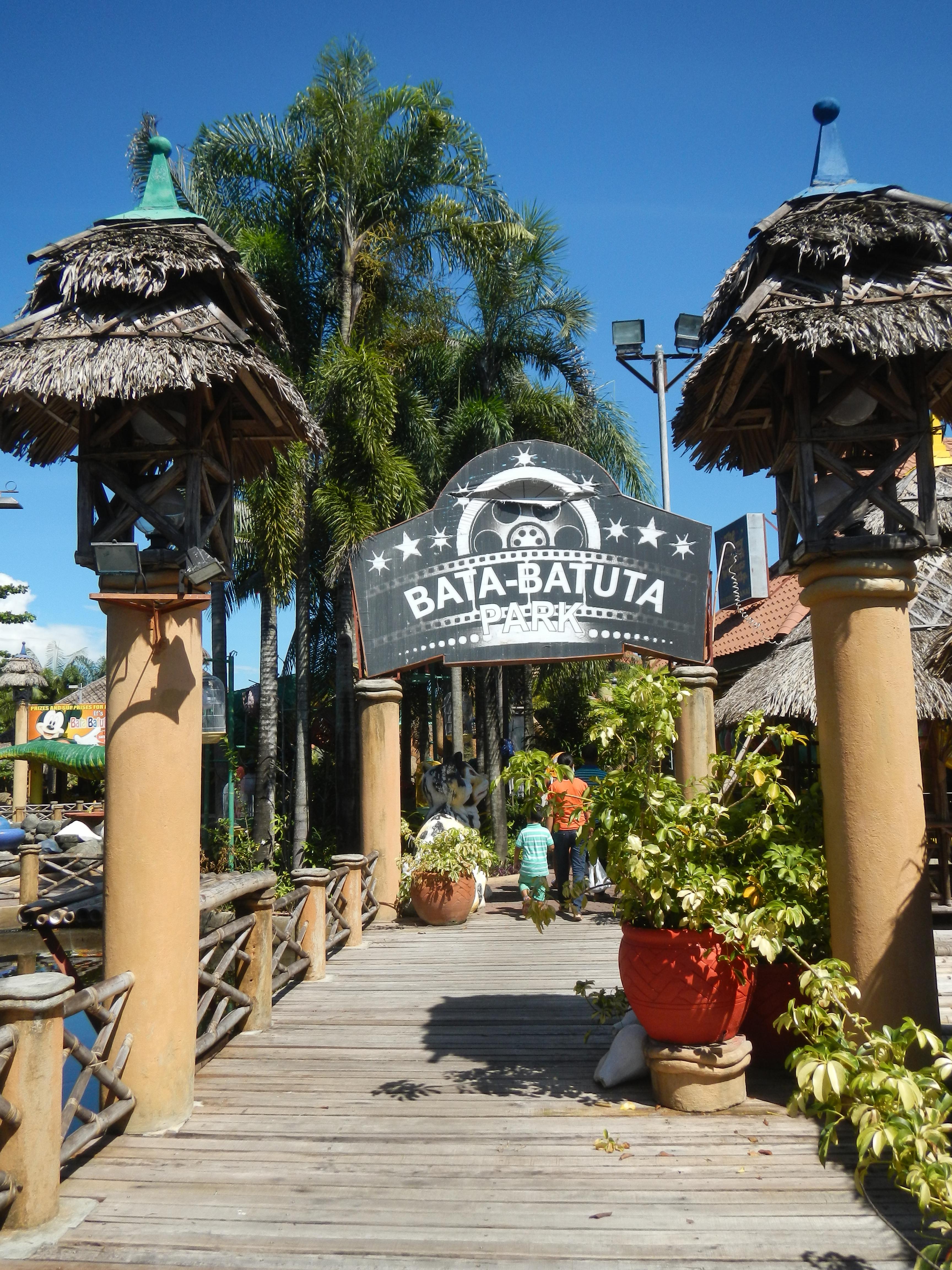 File:01231jfParsolingan Fishes Resorts Gerona Tarlac Cityfvf 10.JPG - Wikimedia Commons