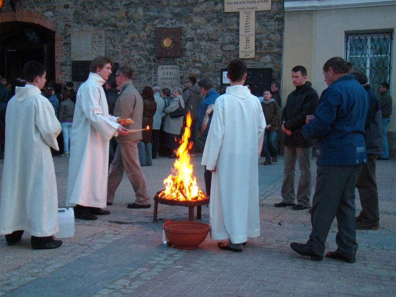 098 Sanok, Diacons preparing to light the Christ candle prior to Easter Vigil mass, 2010.JPG