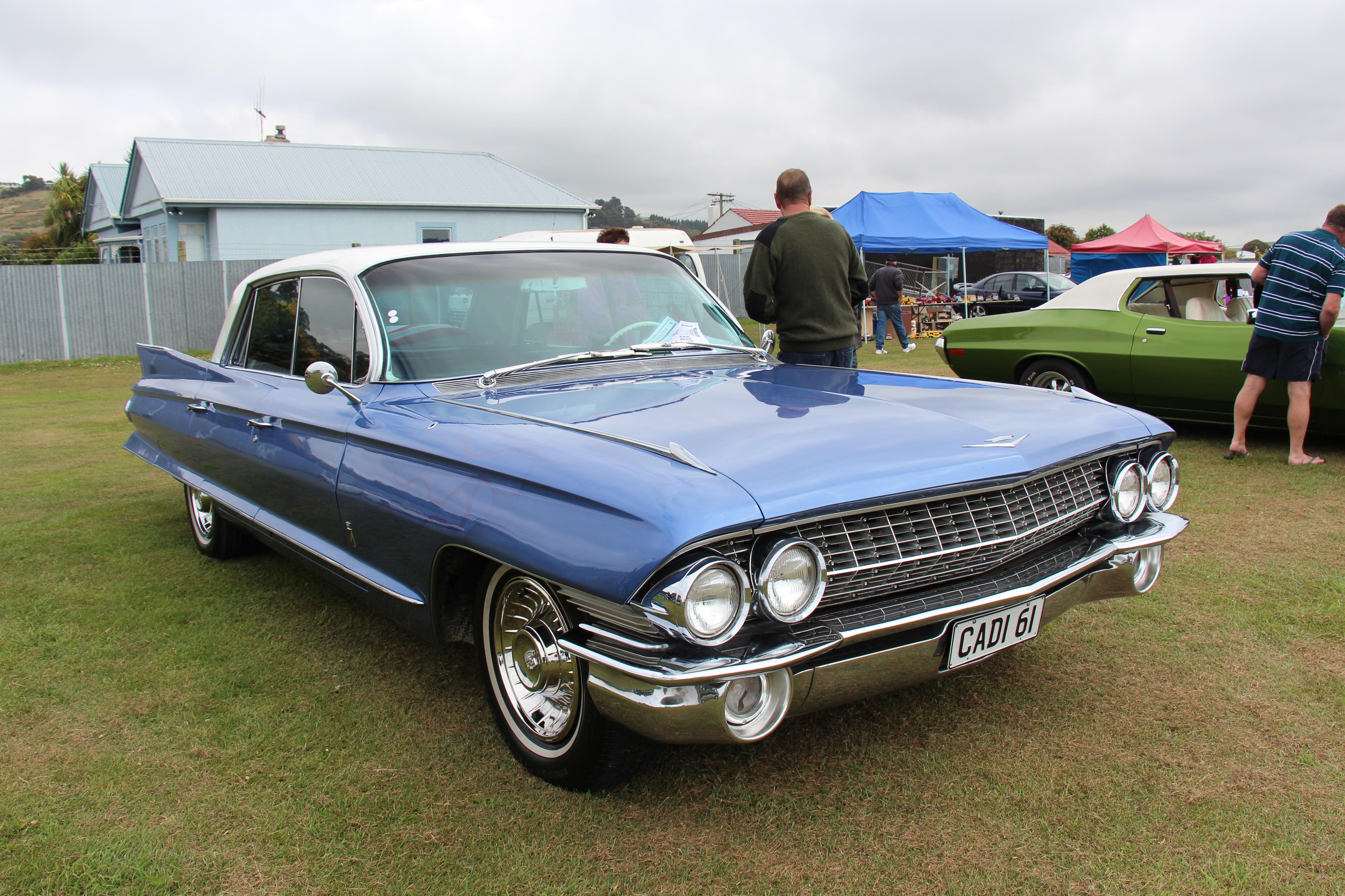 File:1961 Cadillac Fleetwood 60 Special (15920259175).jpg ...