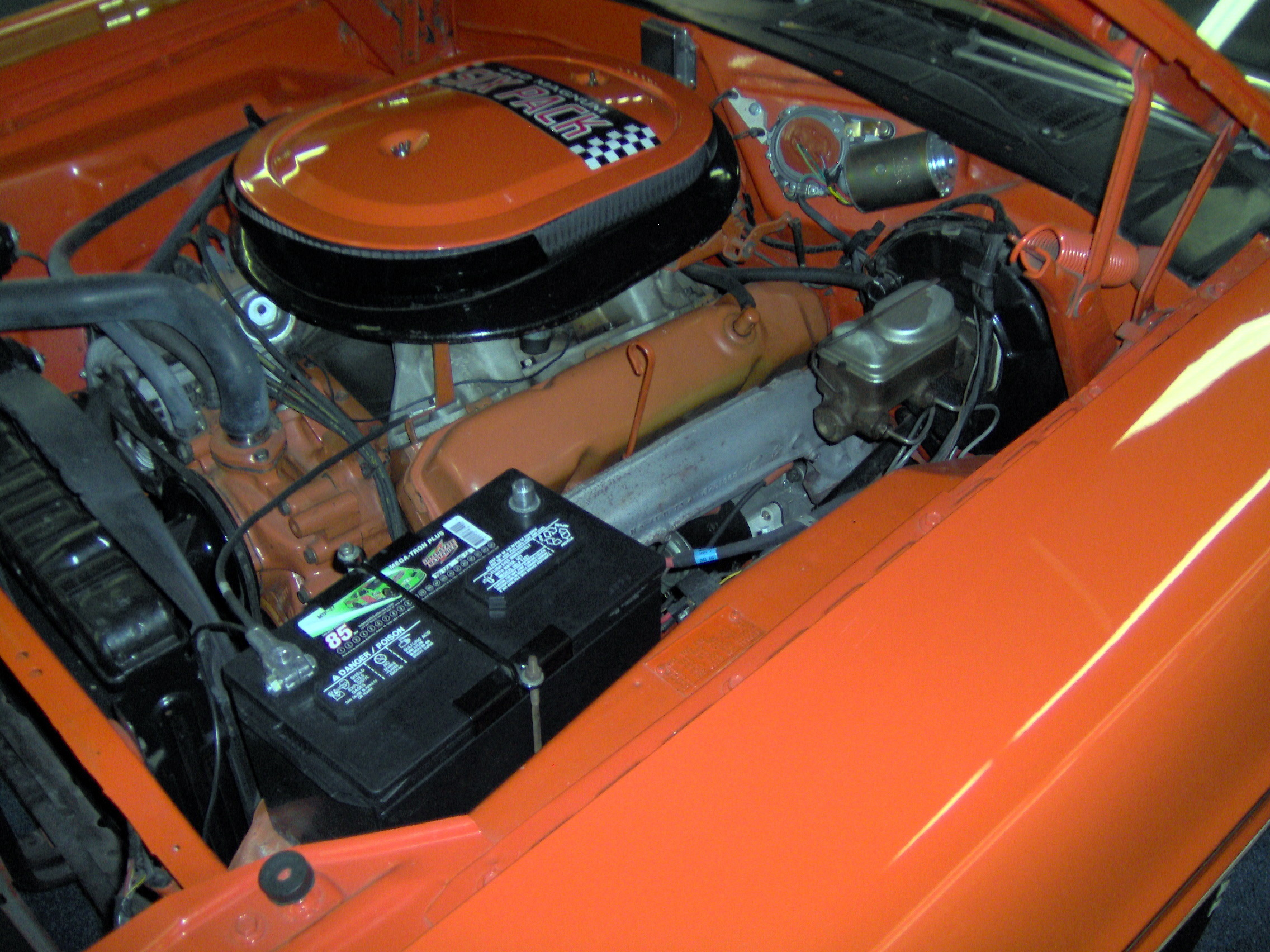 File 1970 Dodge Challenger Rt 440 Six Pack Engine Jpg Wikimedia Commons