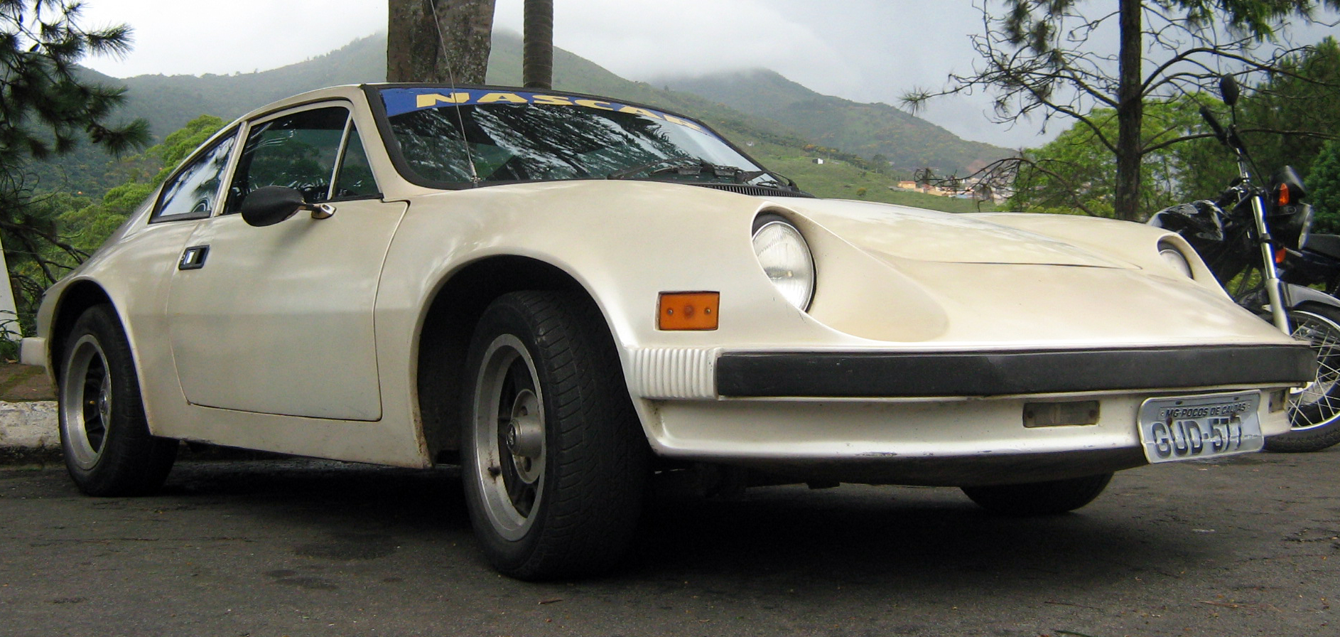 File:1981-1984 Puma GTI Coupé.jpg - Wikimedia Commons