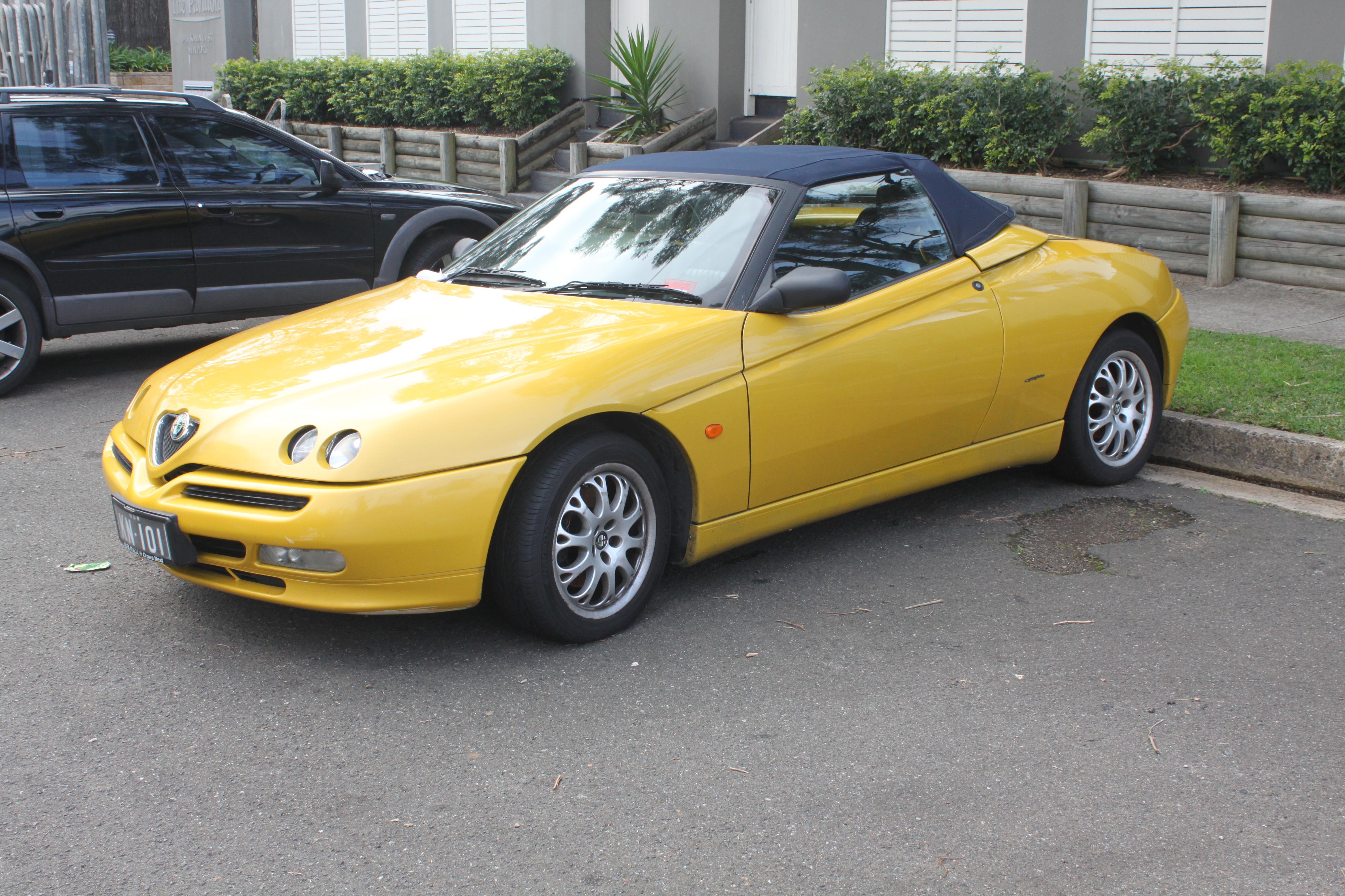 File1999 Alfa Romeo Spider Twin Spark Convertible 20303925302 Modifications