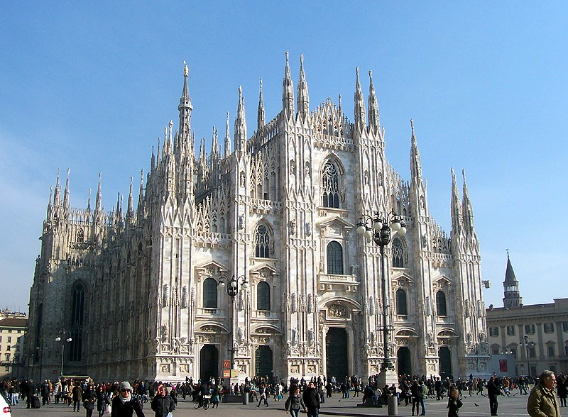 Magnificent Duomo di Milano.