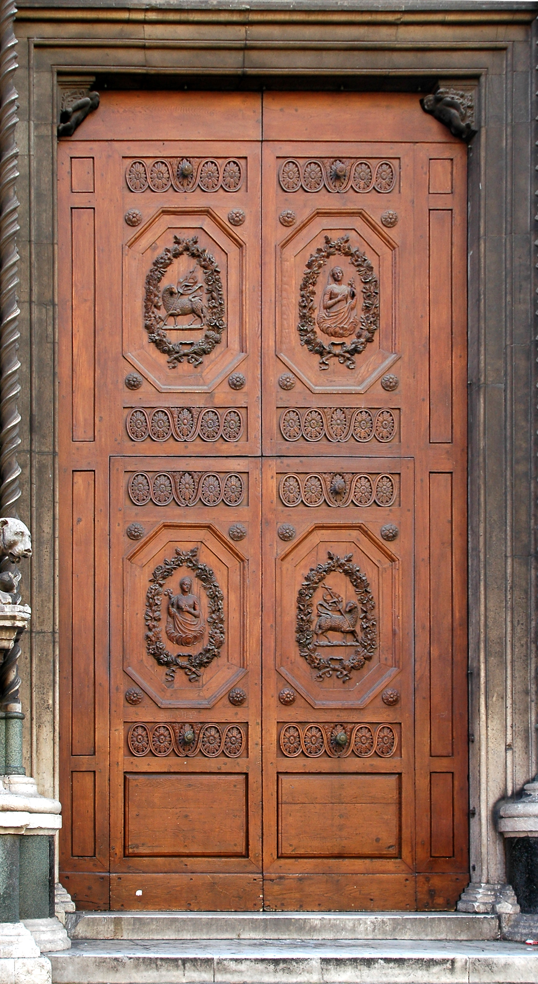 File:A Door Of Santa Maria Del Fiore   0798