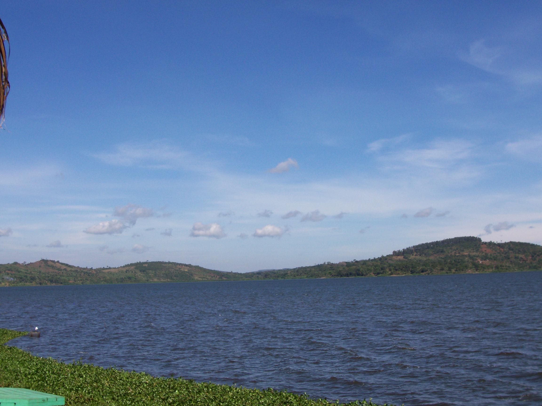 File:Africa Lake Victoria 10 006.jpg - Wikimedia Commons