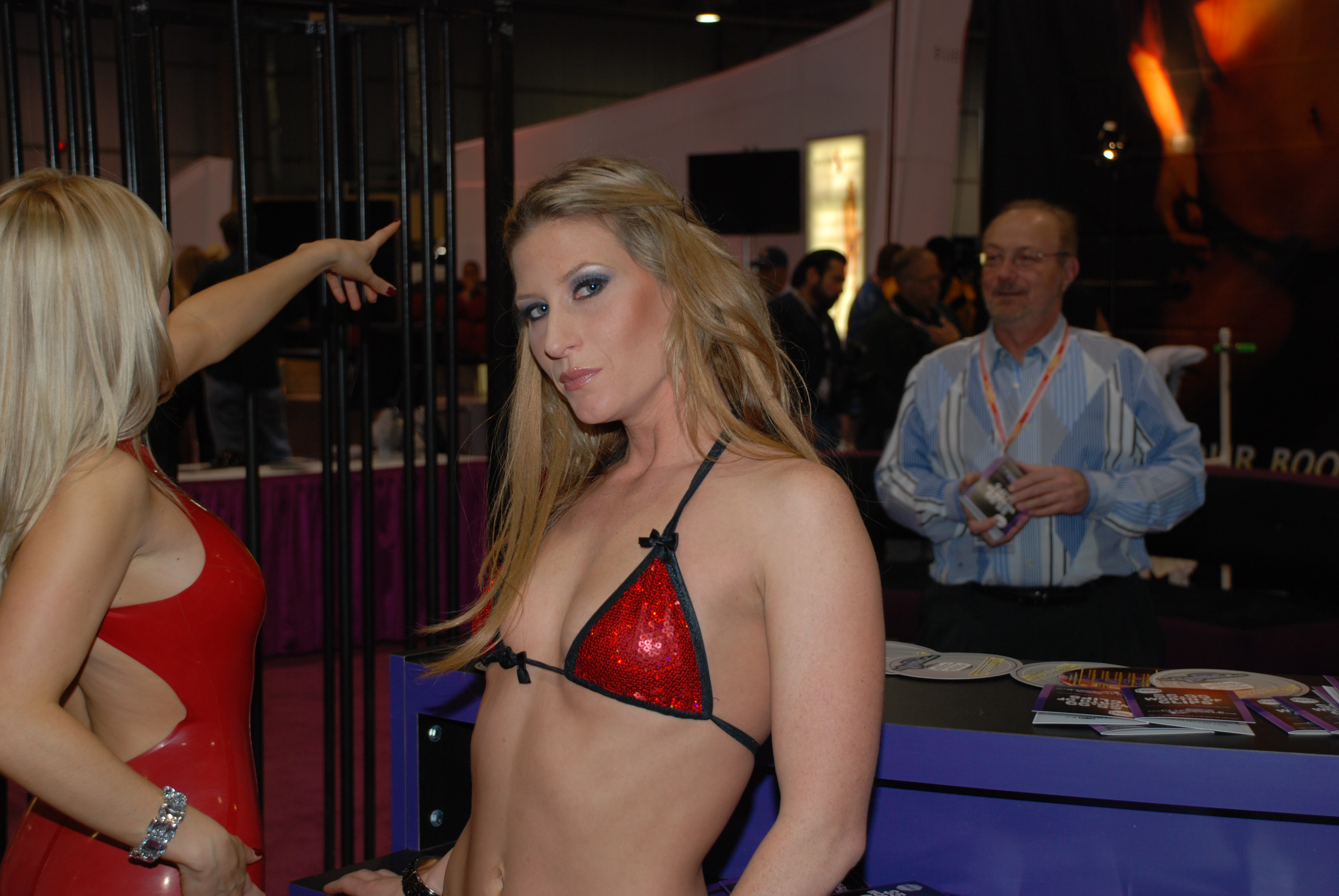 Ashley Fires and Ariel X at AVN Adult Entertainment Expo 2009 (2) India Summer just loves a good afternoon delight and begs her husband Jack ...