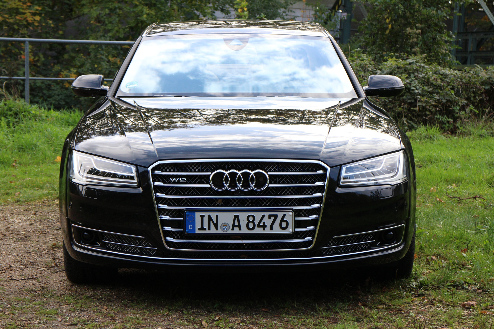 File:Audi A8 2013 (11209789925).jpg - Wikimedia Commons on 2005 audi a8 w12, audi r8 w12, 2010 audi a8 l, 2004 audi a8 w12, 2007 audi a8 w12, 2010 audi a8l w12, 2008 audi a8 w12,