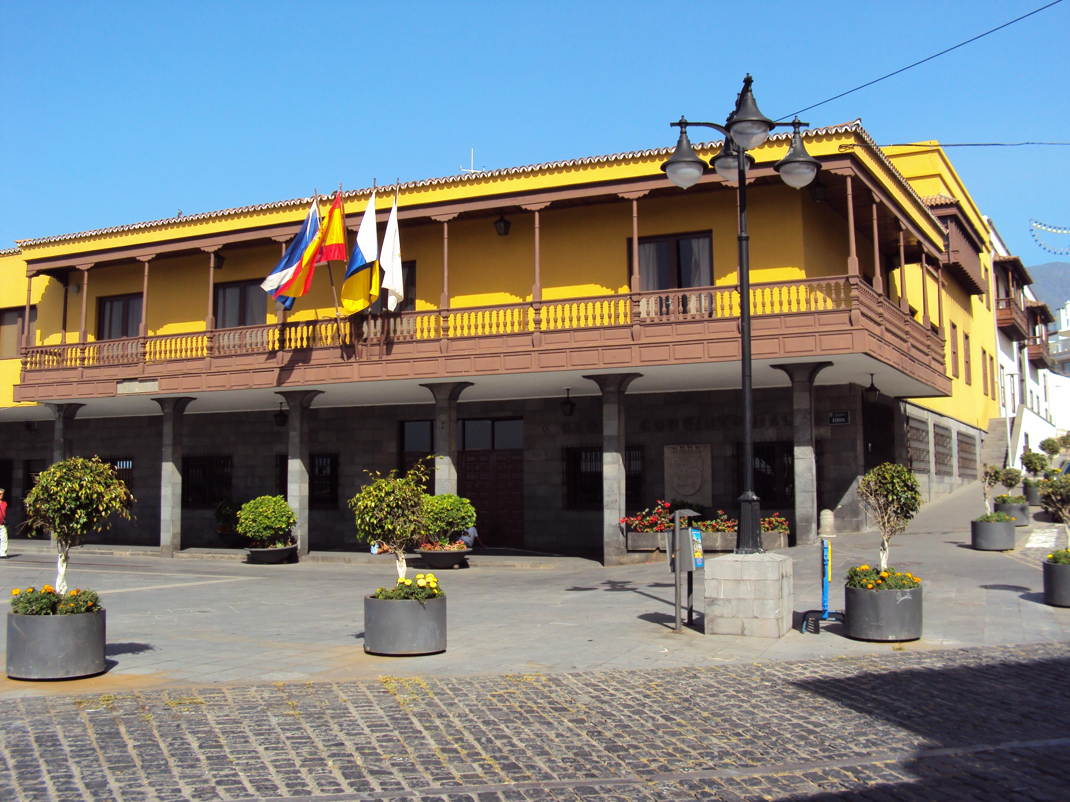Resultado de imagen de ayuntamiento puerto de la cruz