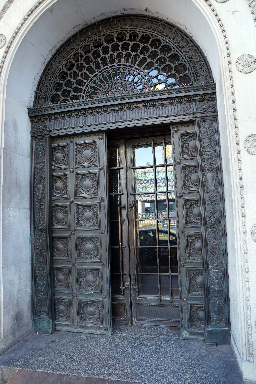 FileBirmingham Municipal Bank door open.jpg & File:Birmingham Municipal Bank door open.jpg - Wikimedia Commons pezcame.com
