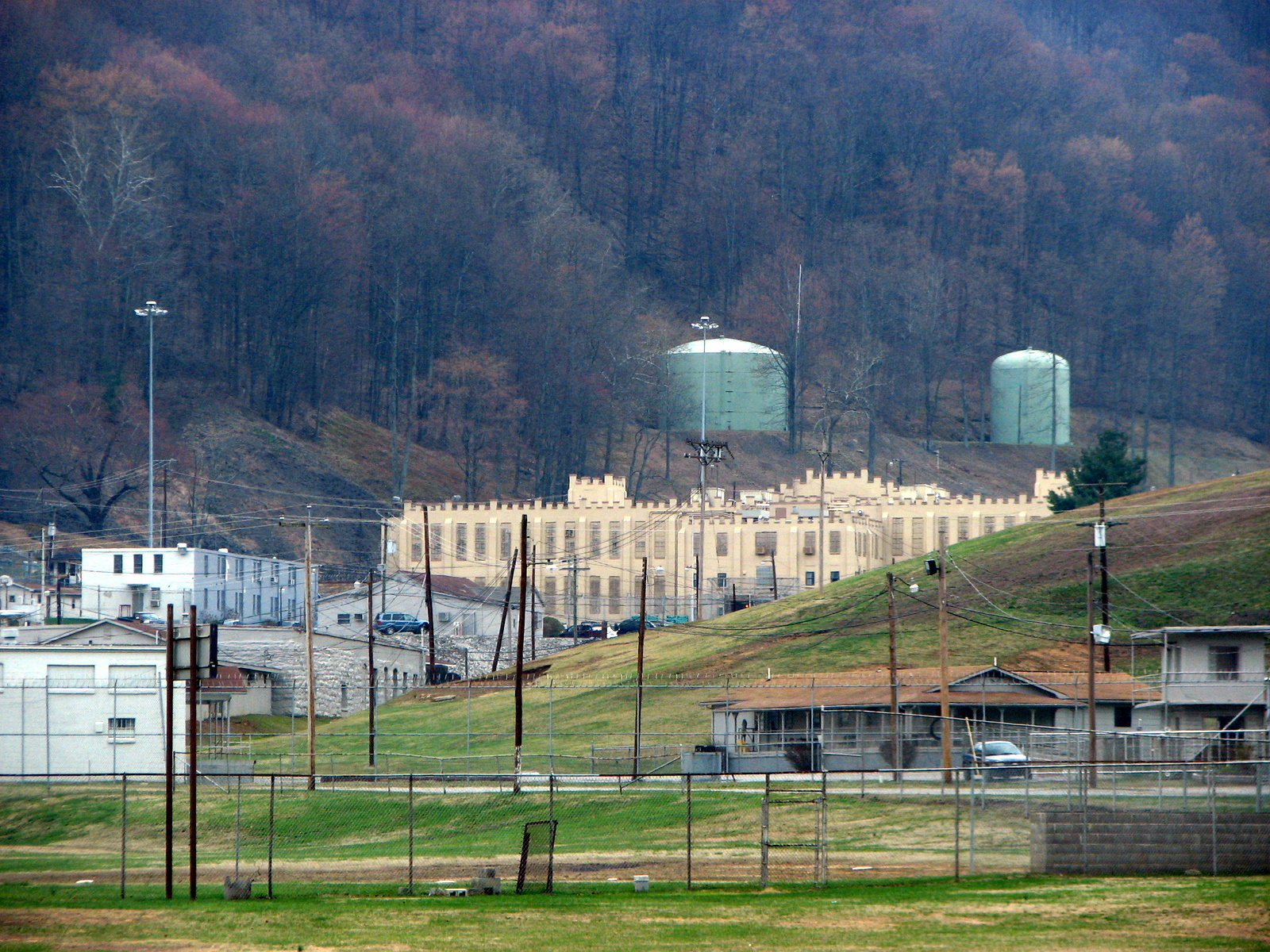 Brushy Mountain State Penitentiary - Wikipedia