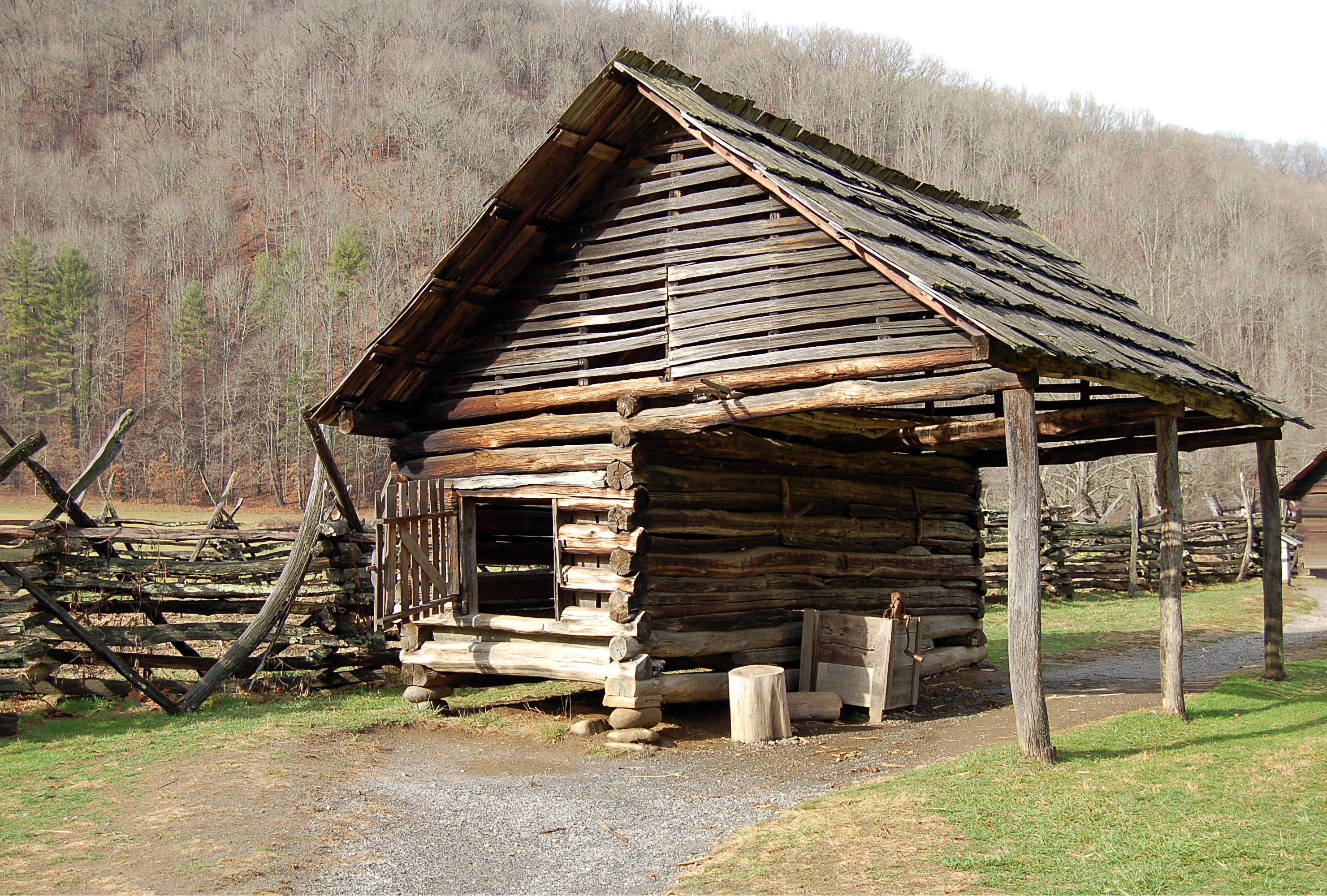 File Corn Crib Shed Jpg Wikimedia Commons