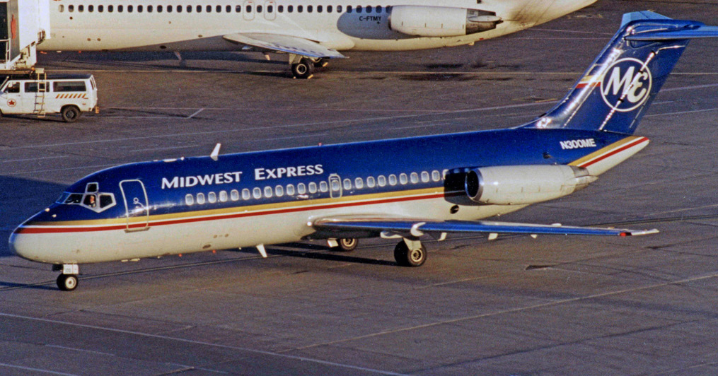midwest express airline reservation